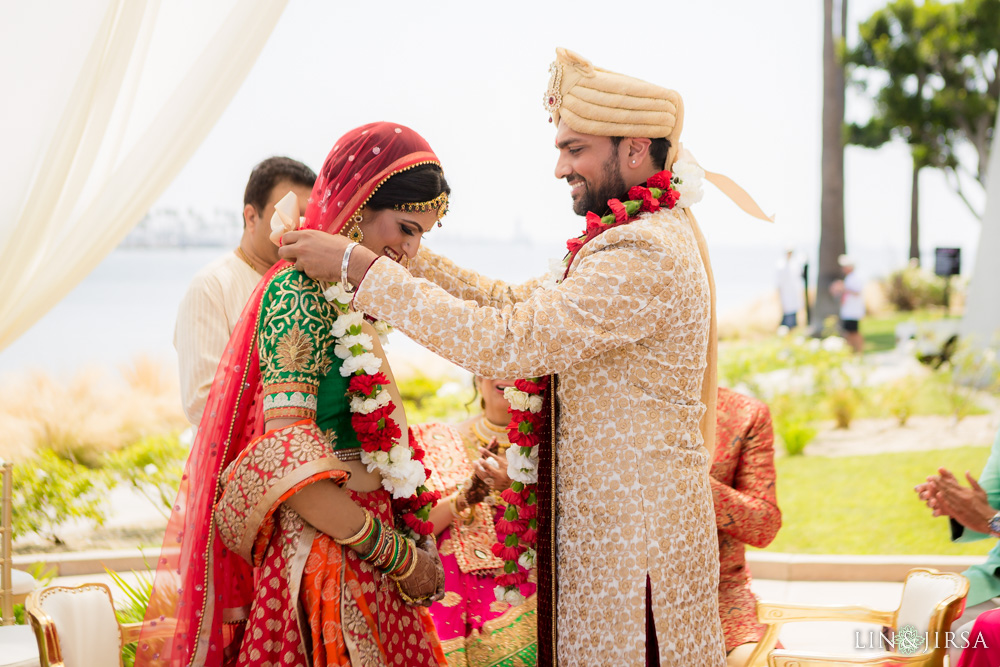 25-Hotel-Maya-Long-Beach-Indian-Wedding-Photography