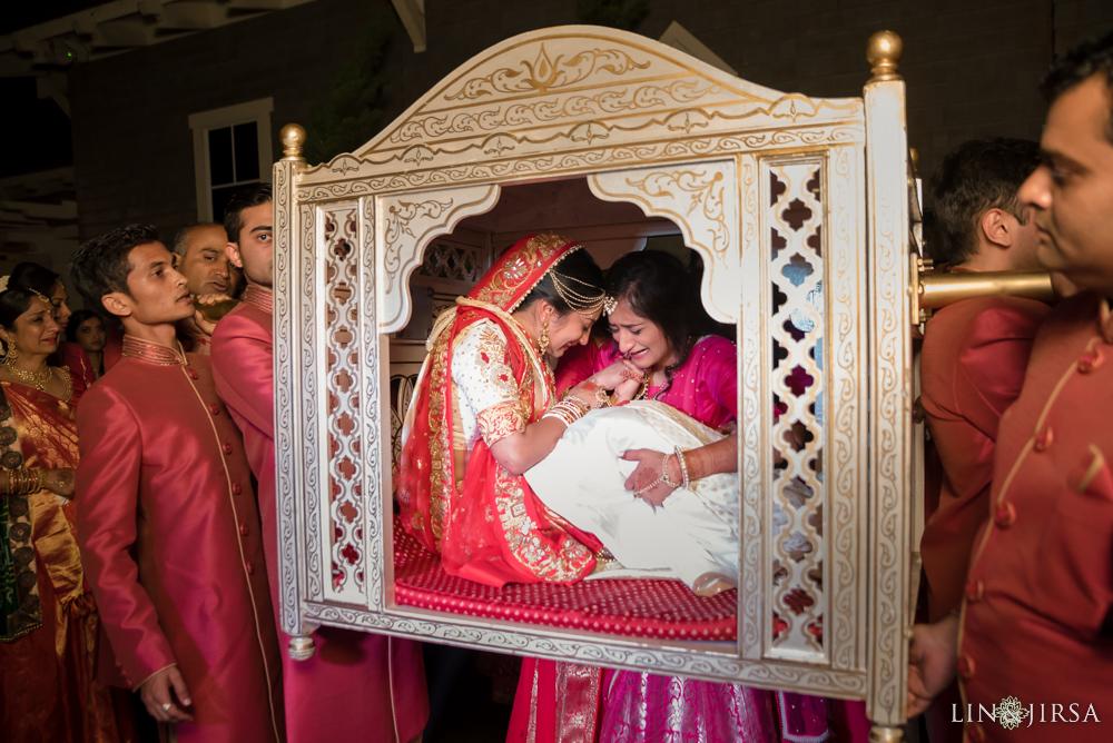 39-montage-laguna-beach-indian-wedding-photography