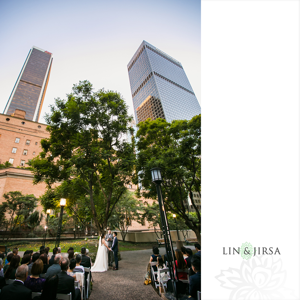 15-cafe-pinot-downtown-los-angeles-wedding-photography
