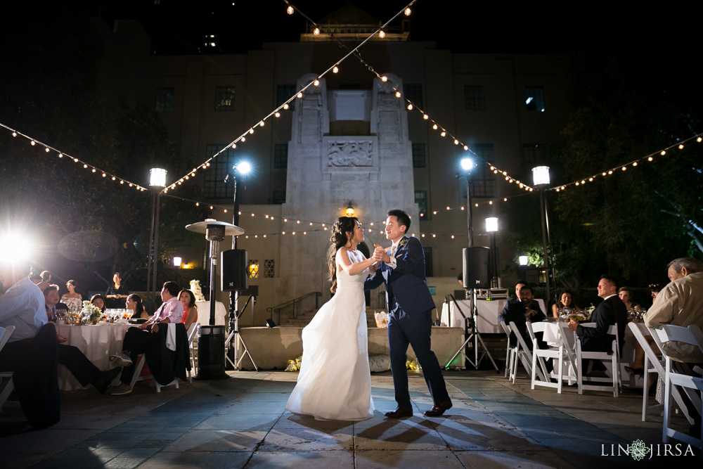 22-cafe-pinot-downtown-los-angeles-wedding-photography