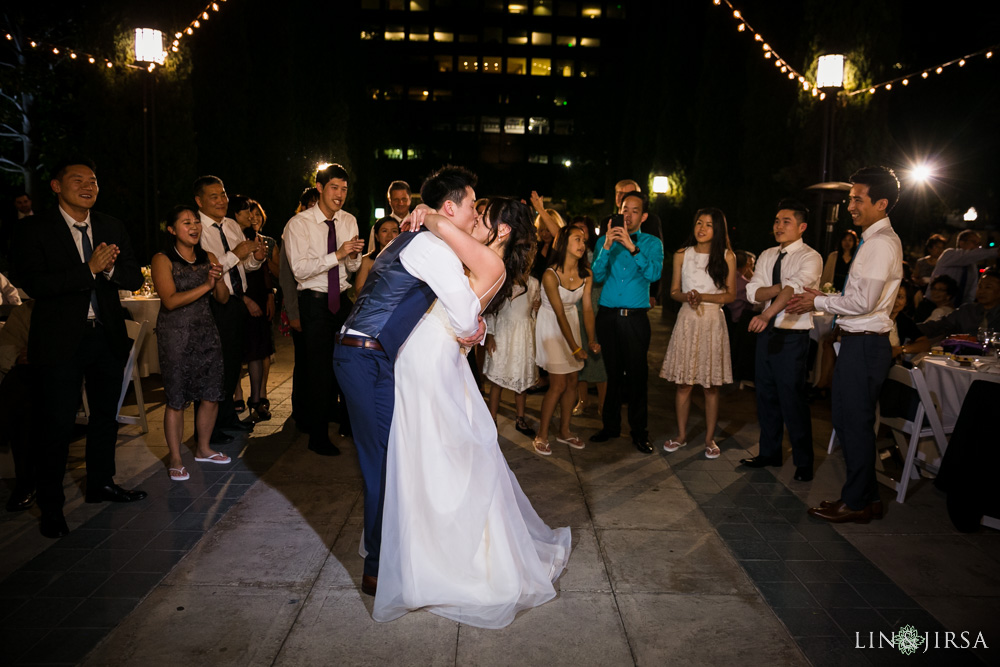 25-cafe-pinot-downtown-los-angeles-wedding-photography