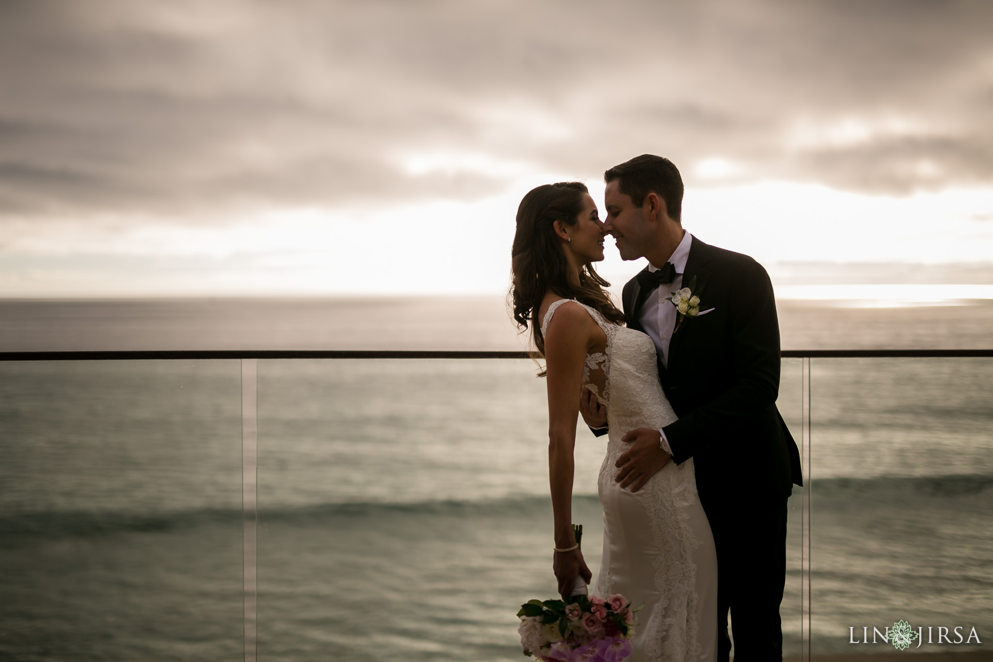 17-surf-and-sand-resort-jewish-wedding-photography