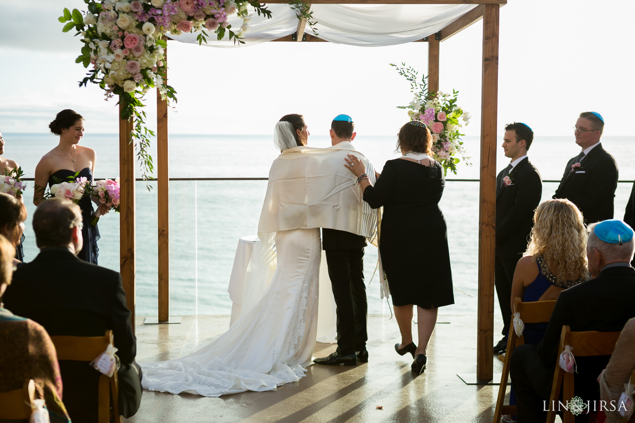 23-surf-and-sand-resort-jewish-wedding-photography