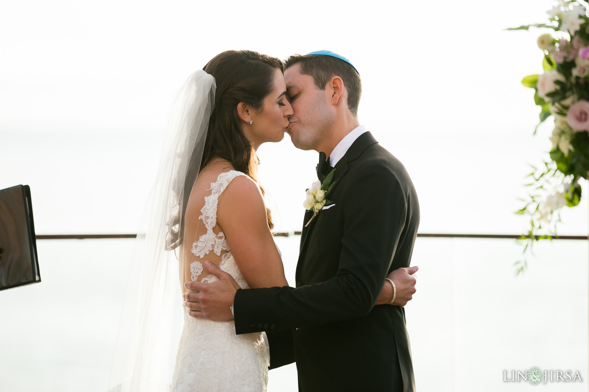 25-surf-and-sand-resort-jewish-wedding-photography