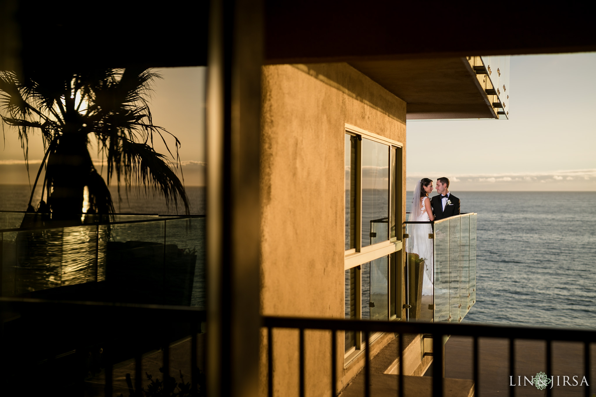 27-surf-and-sand-resort-jewish-wedding-photography