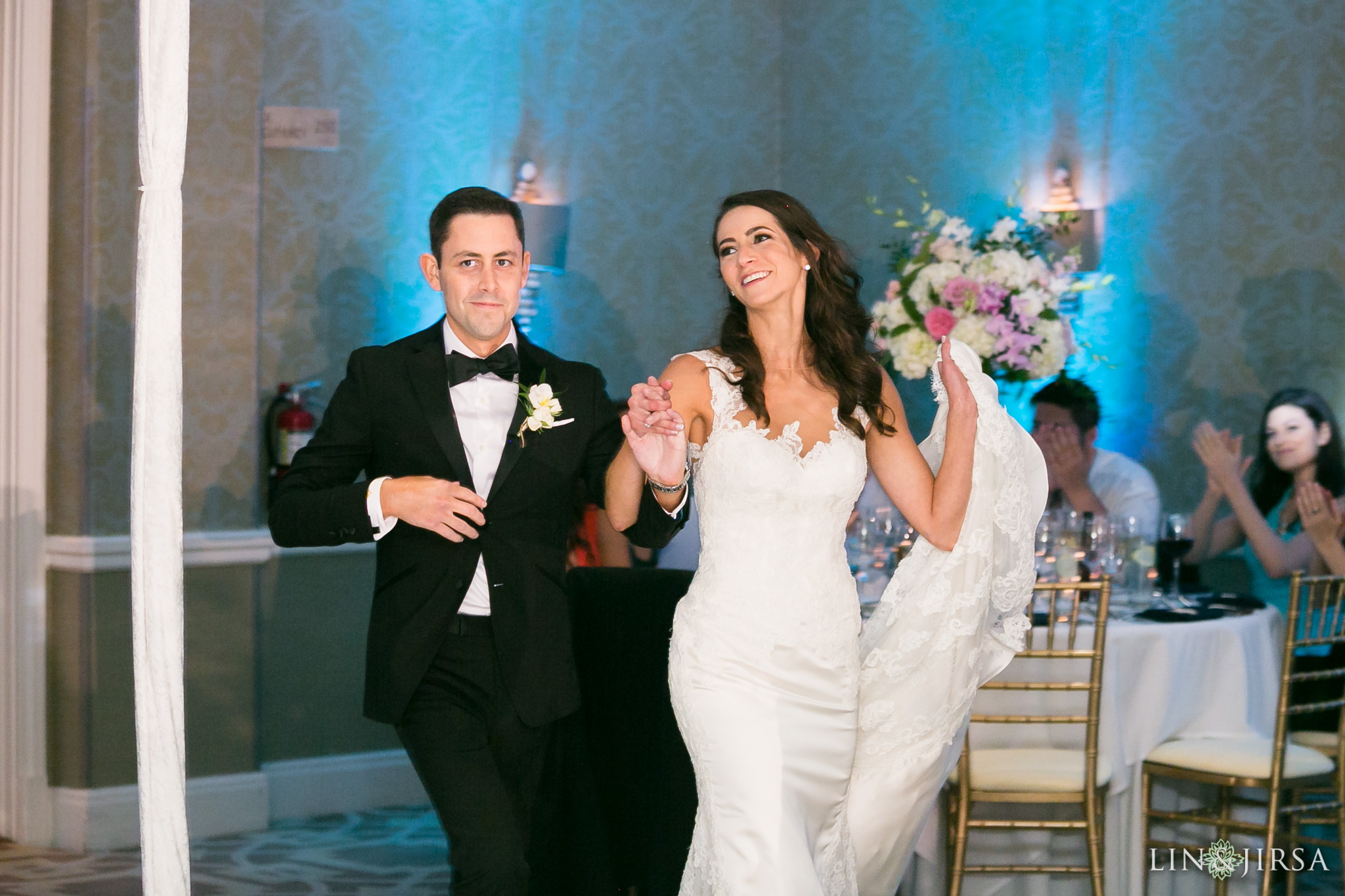 33-surf-and-sand-resort-jewish-wedding-photography