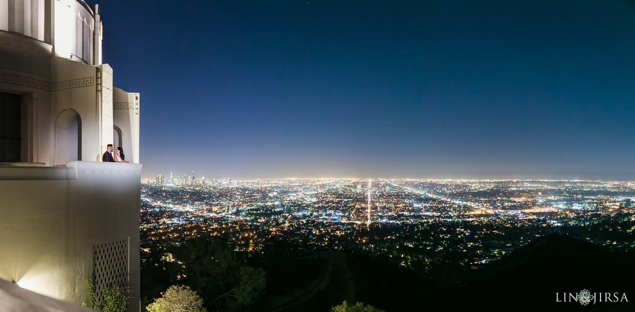 09-los-angeles-griffith-observatory-engagement-photography