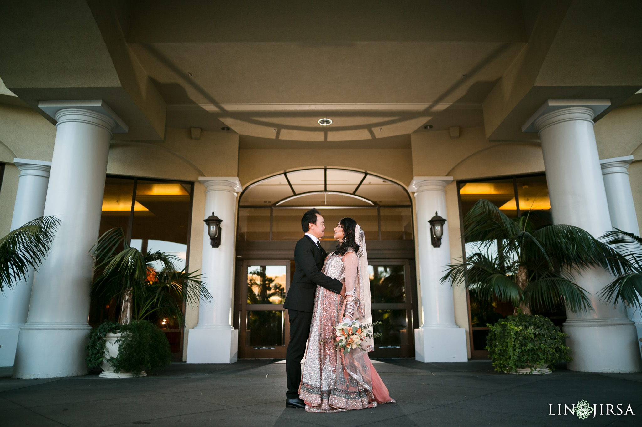 10-doubletree-anaheim-indian-fusion-wedding-reception-photography