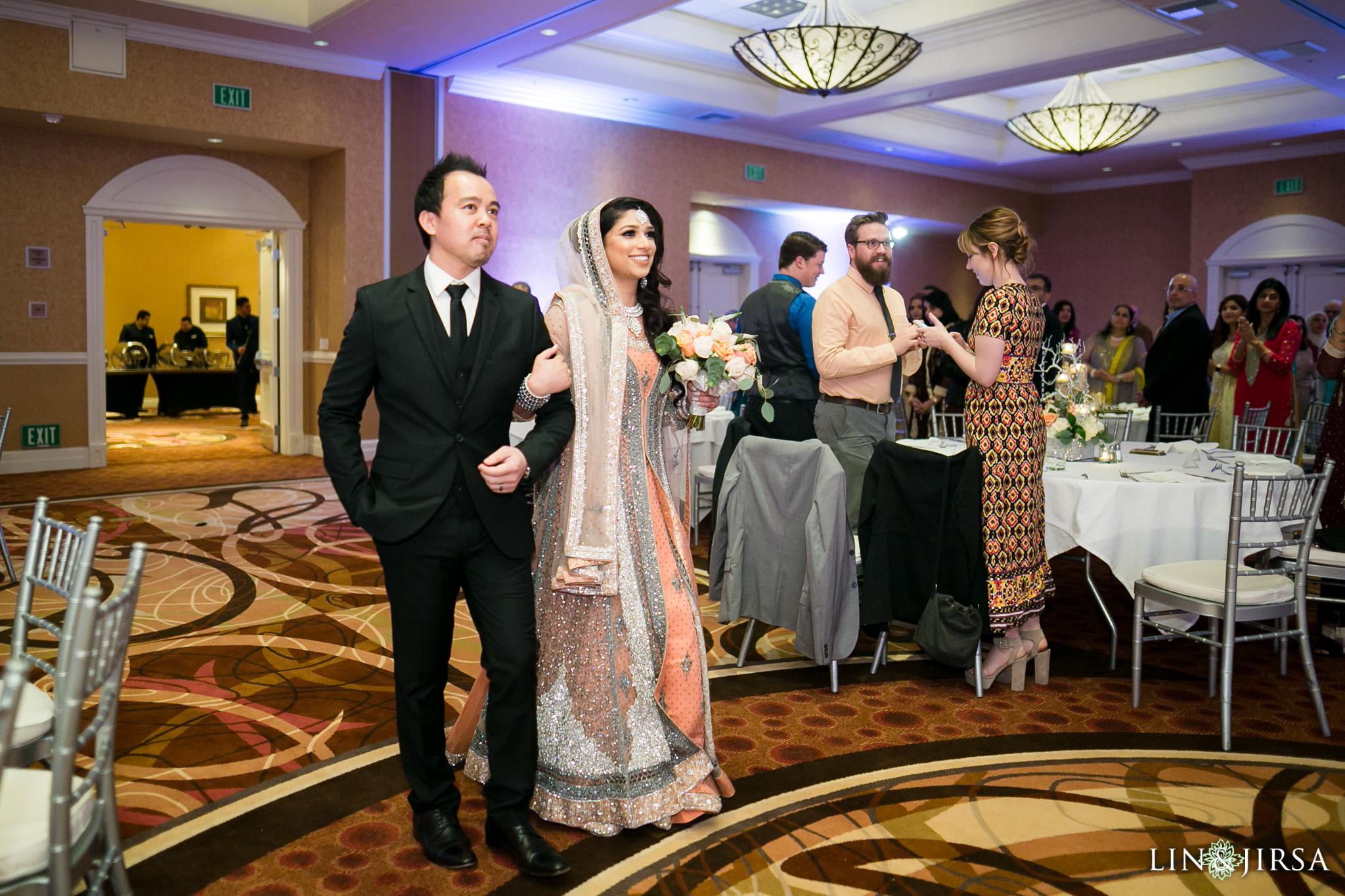 15-doubletree-anaheim-indian-fusion-wedding-reception-photography