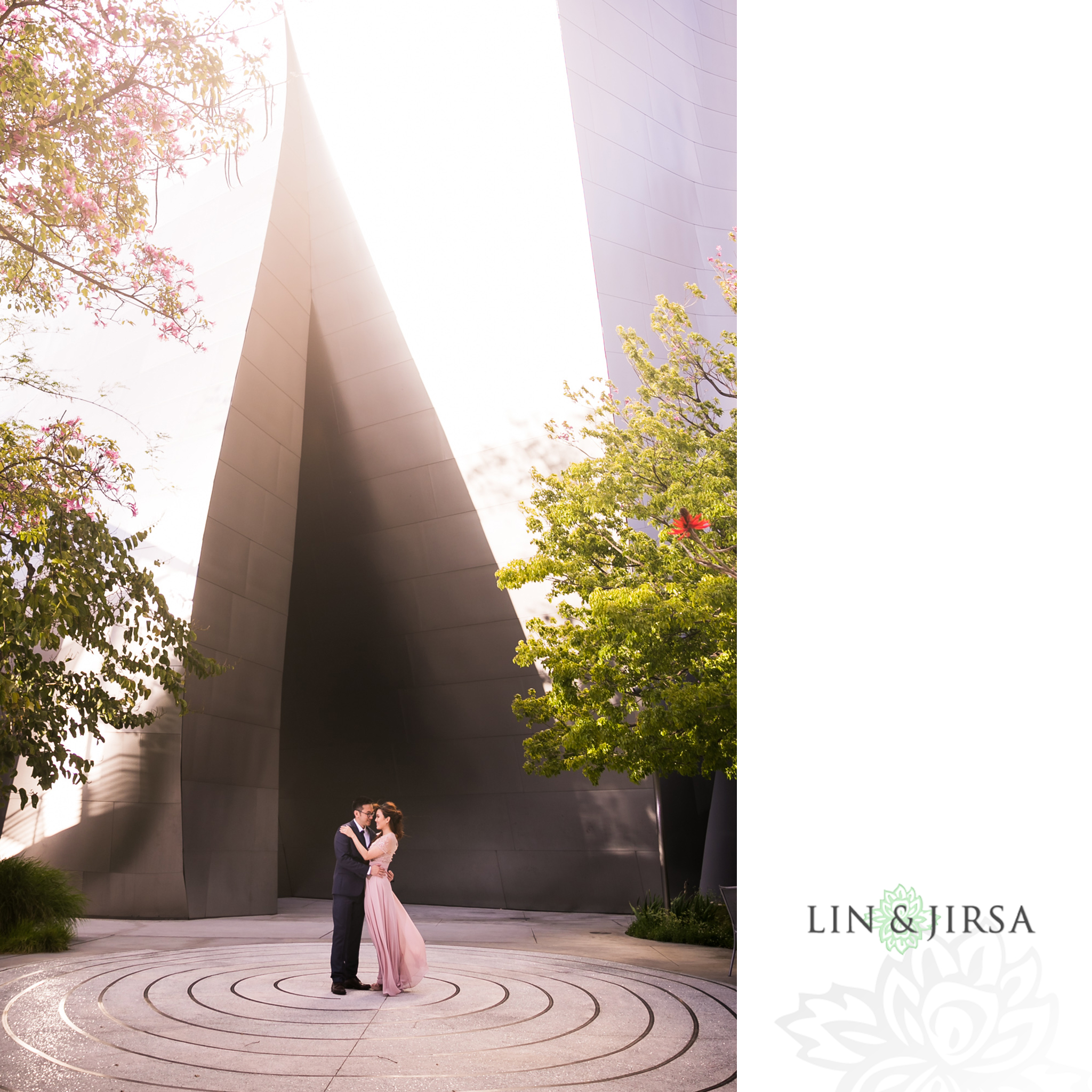 04-downtown-los-angeles-engagement-photography