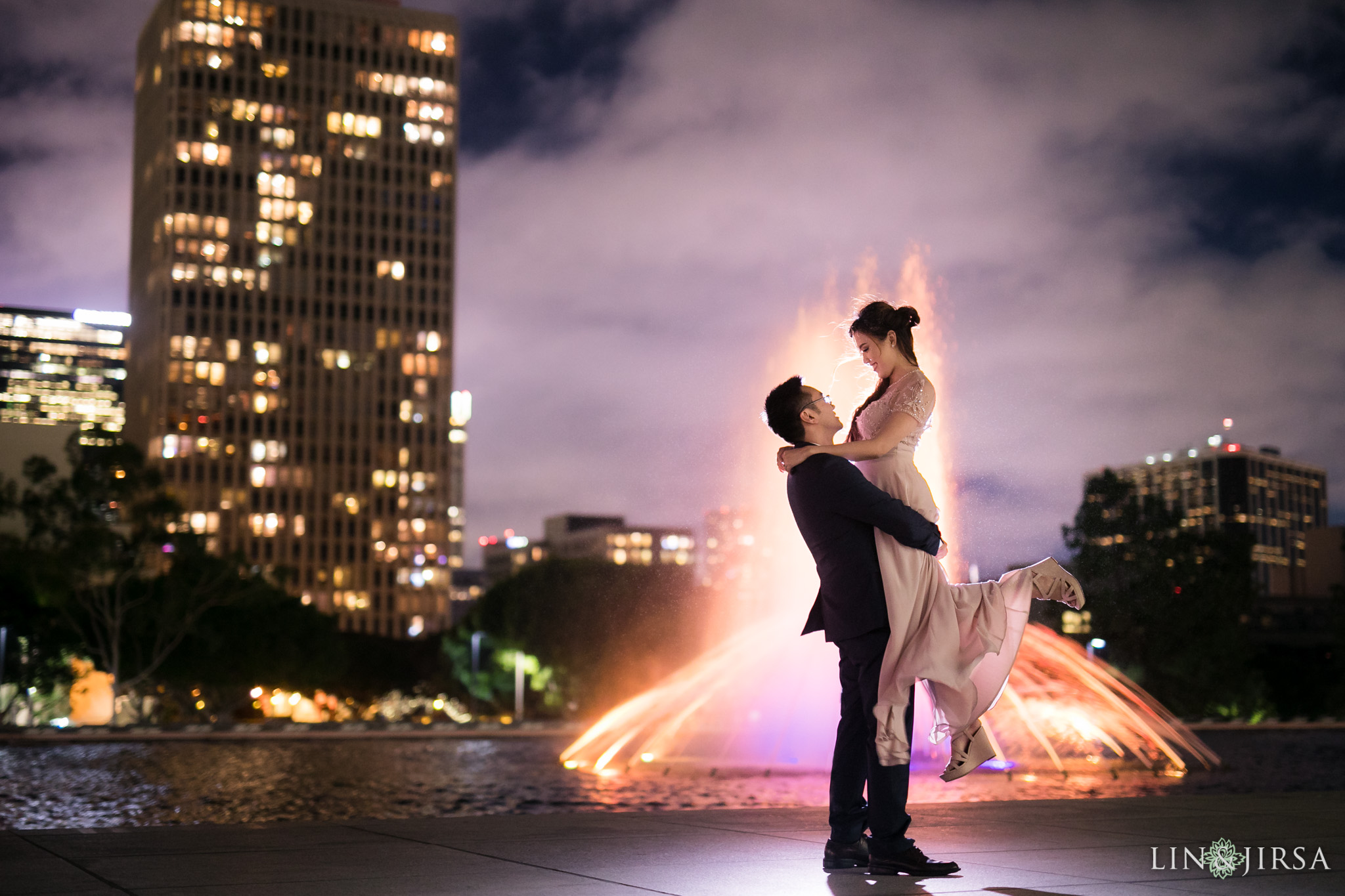 11-downtown-los-angeles-engagement-photography