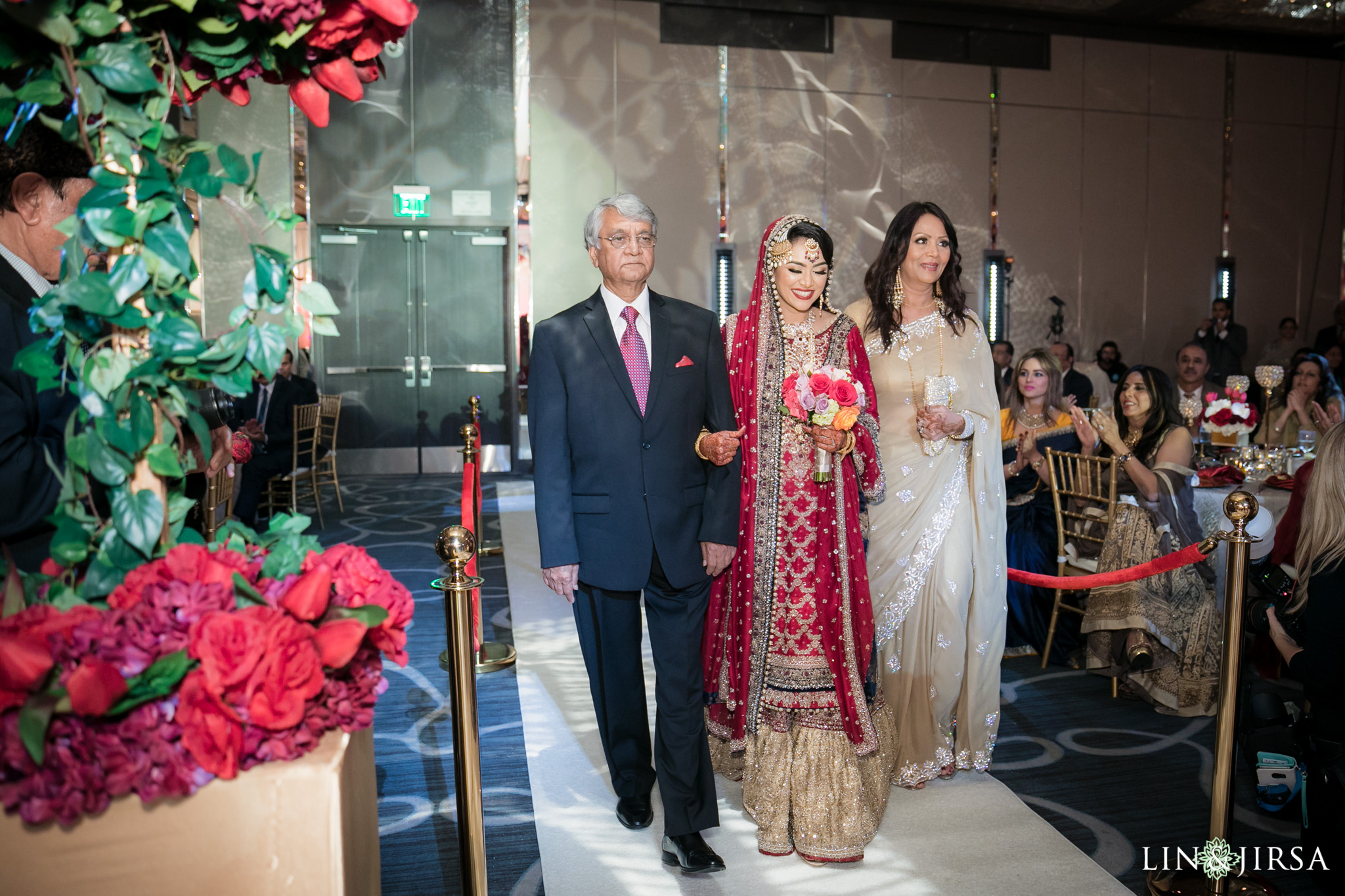 15-Hyatt-regency-long-beach-wedding-photography