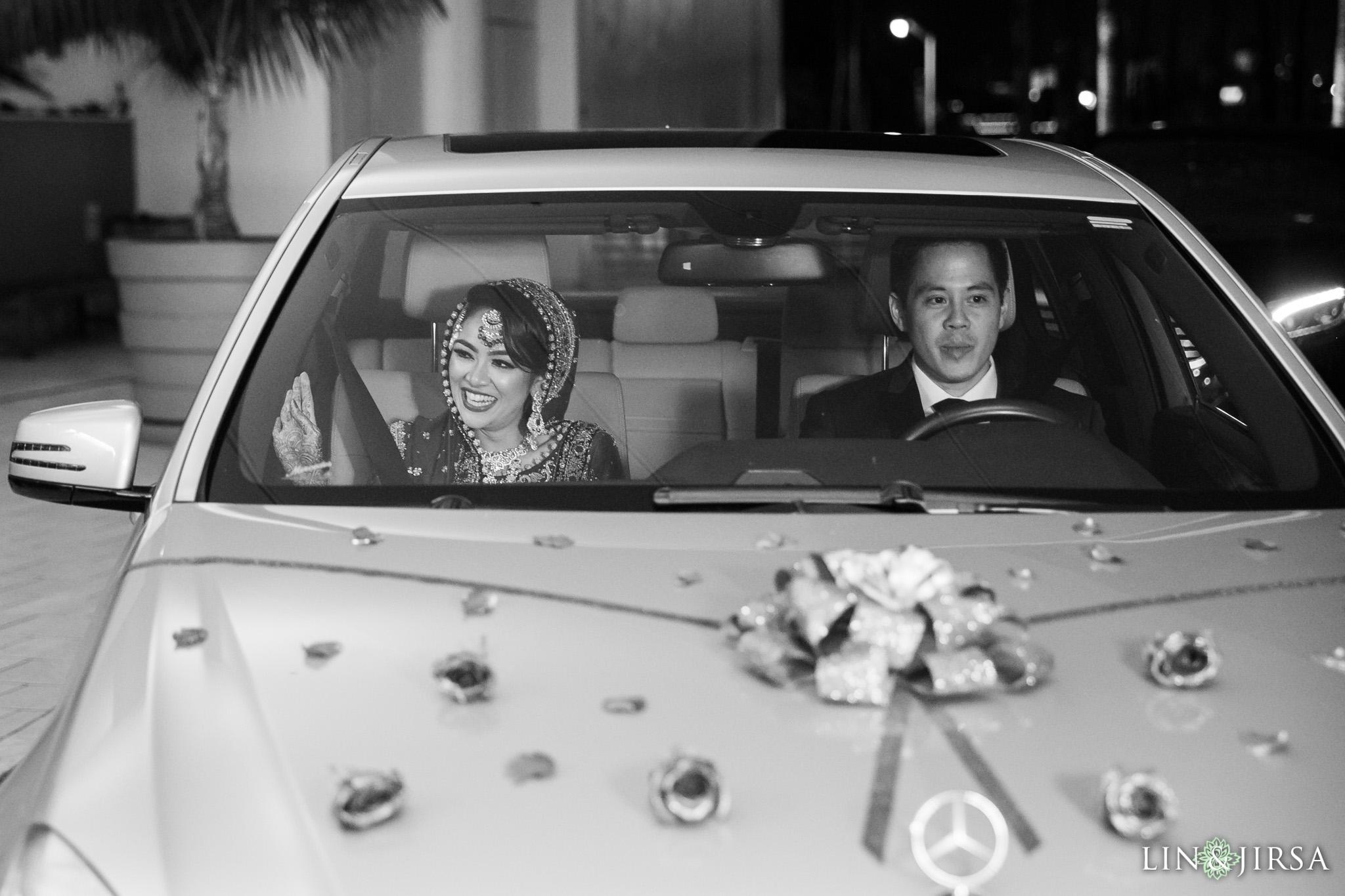 24-Hyatt-regency-long-beach-wedding-photography