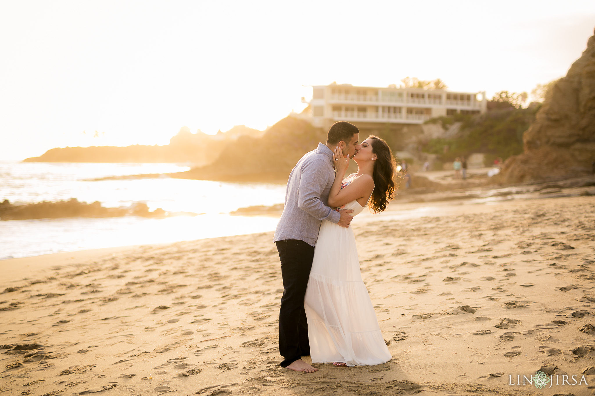 07-laguna-beach-orange-county-beach-engagement-photography