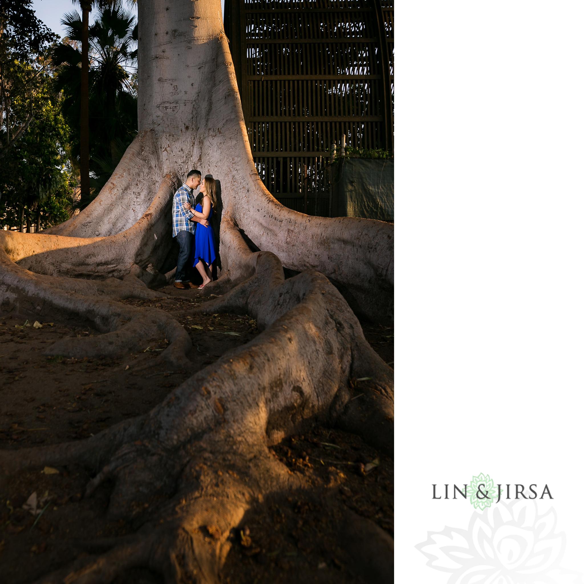 08-balboa-park-san-diego-engagement-photography