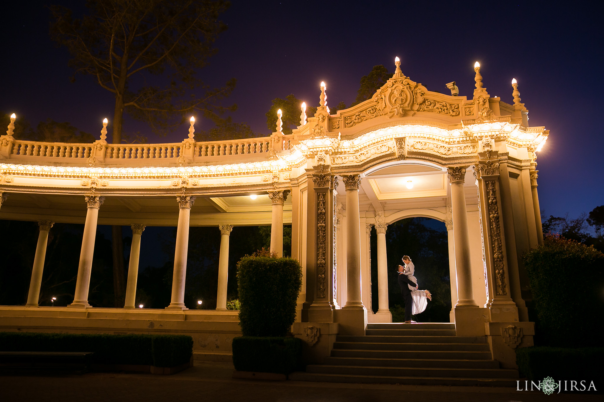 12-balboa-park-san-diego-engagement-photography