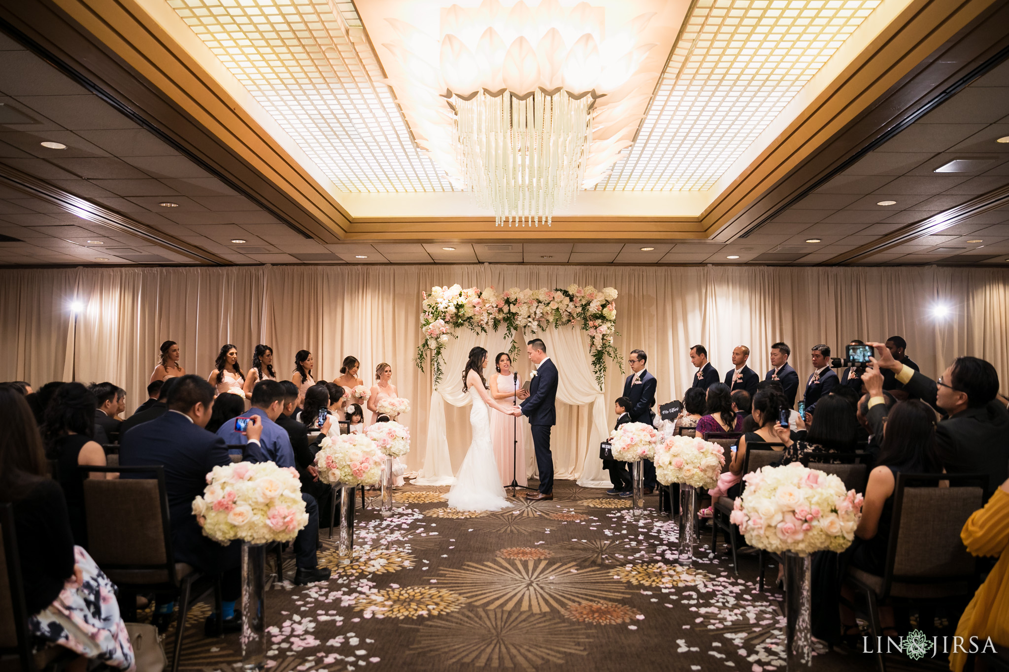 26 hilton costa mesa wedding ceremony photography