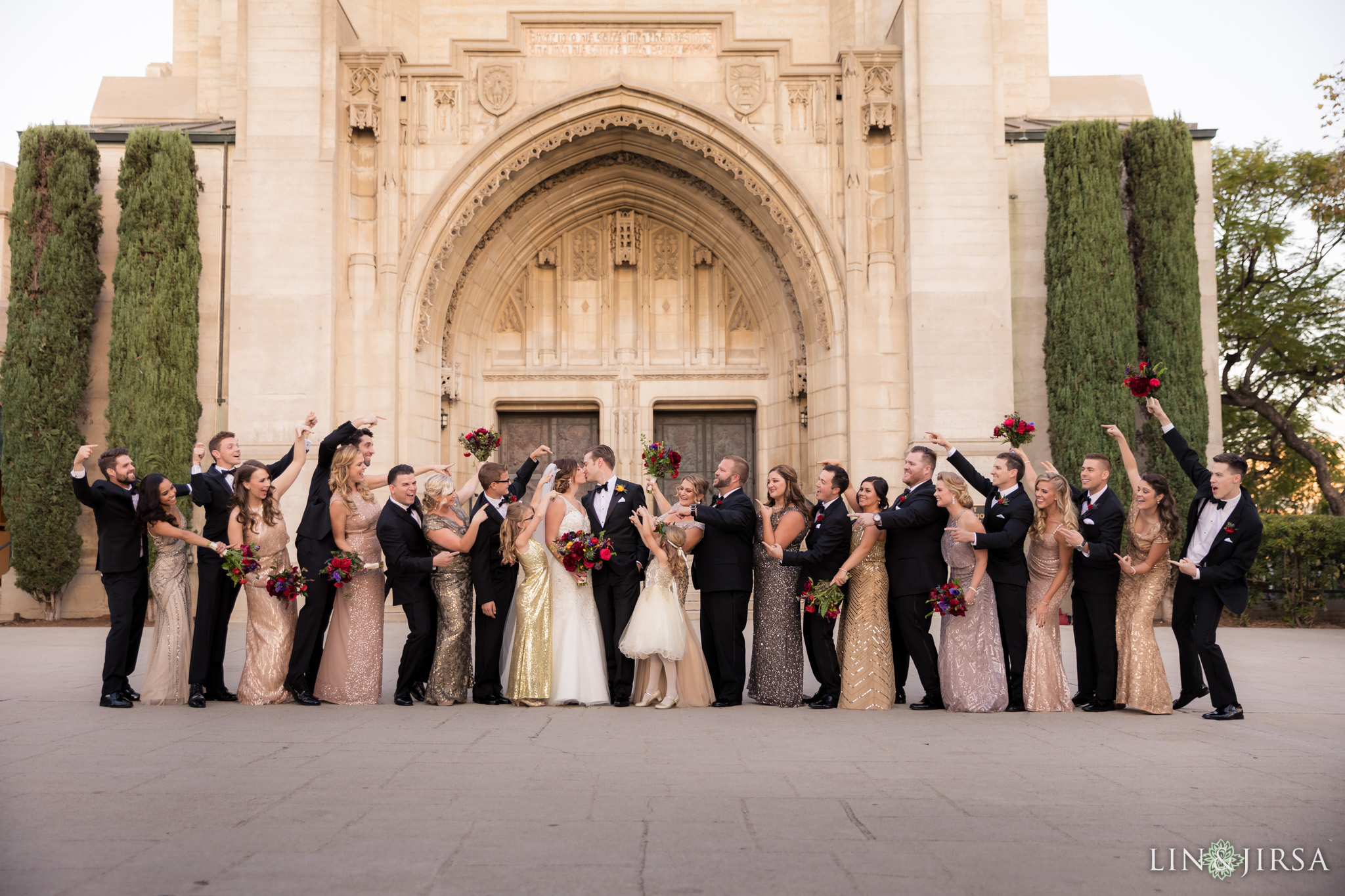 28 first congregational church los angeles wedding party photography