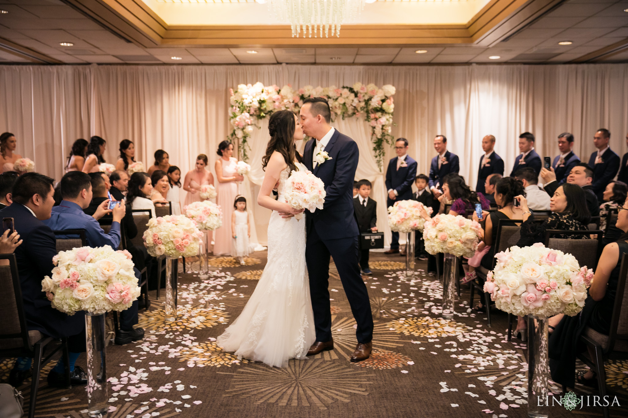29 hilton costa mesa wedding ceremony photography