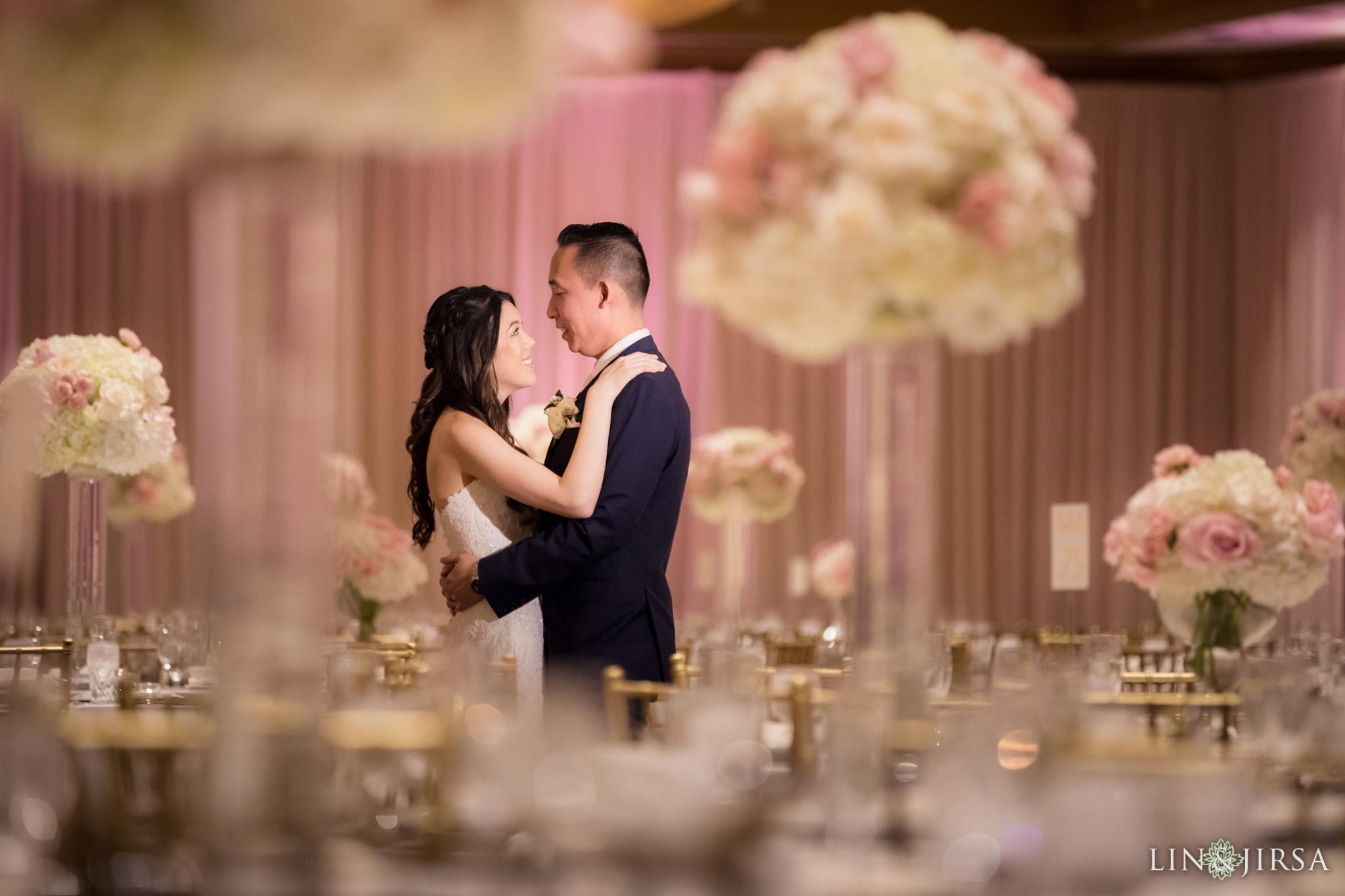 33 hilton costa mesa wedding reception photography