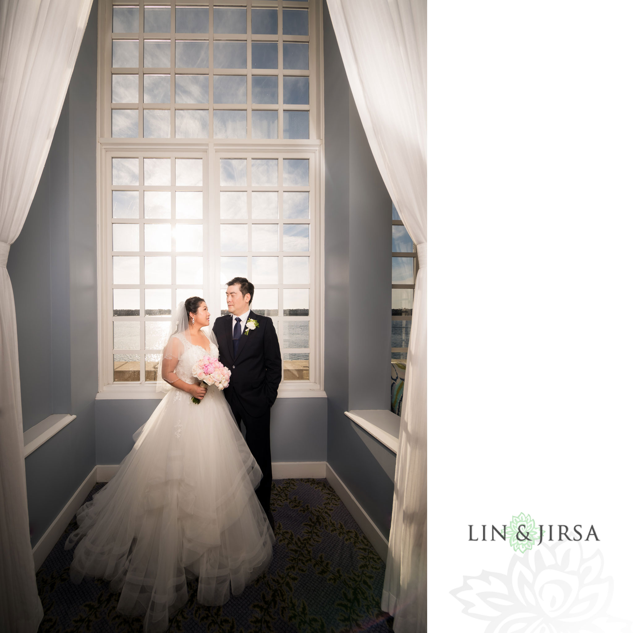15 portofino hotel redondo beach bride groom wedding photography