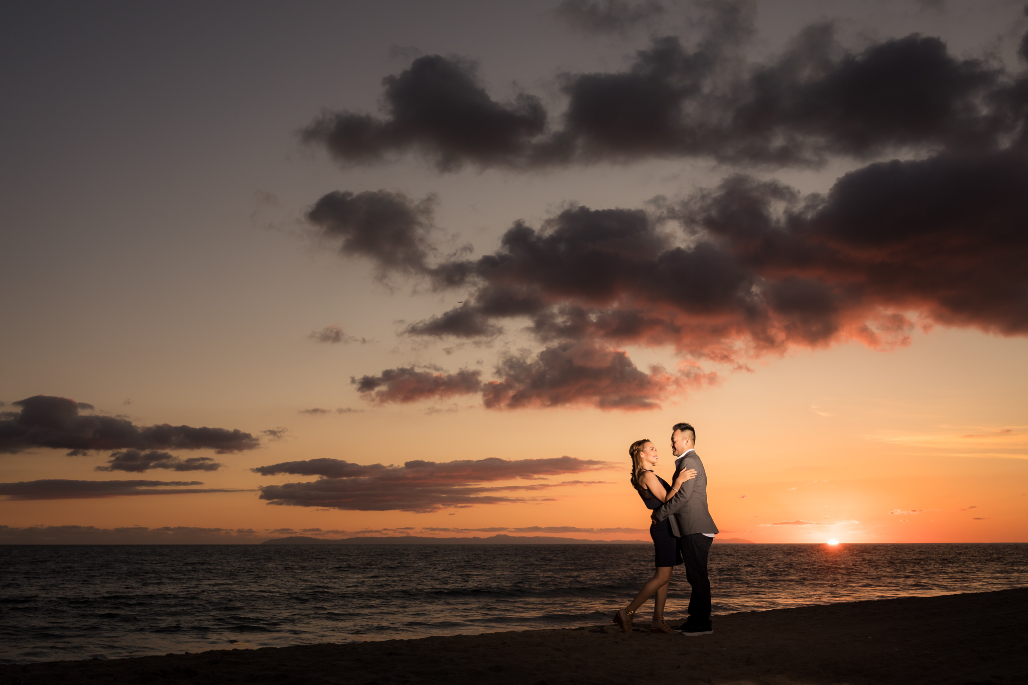 18 newport beach pier engagement photography