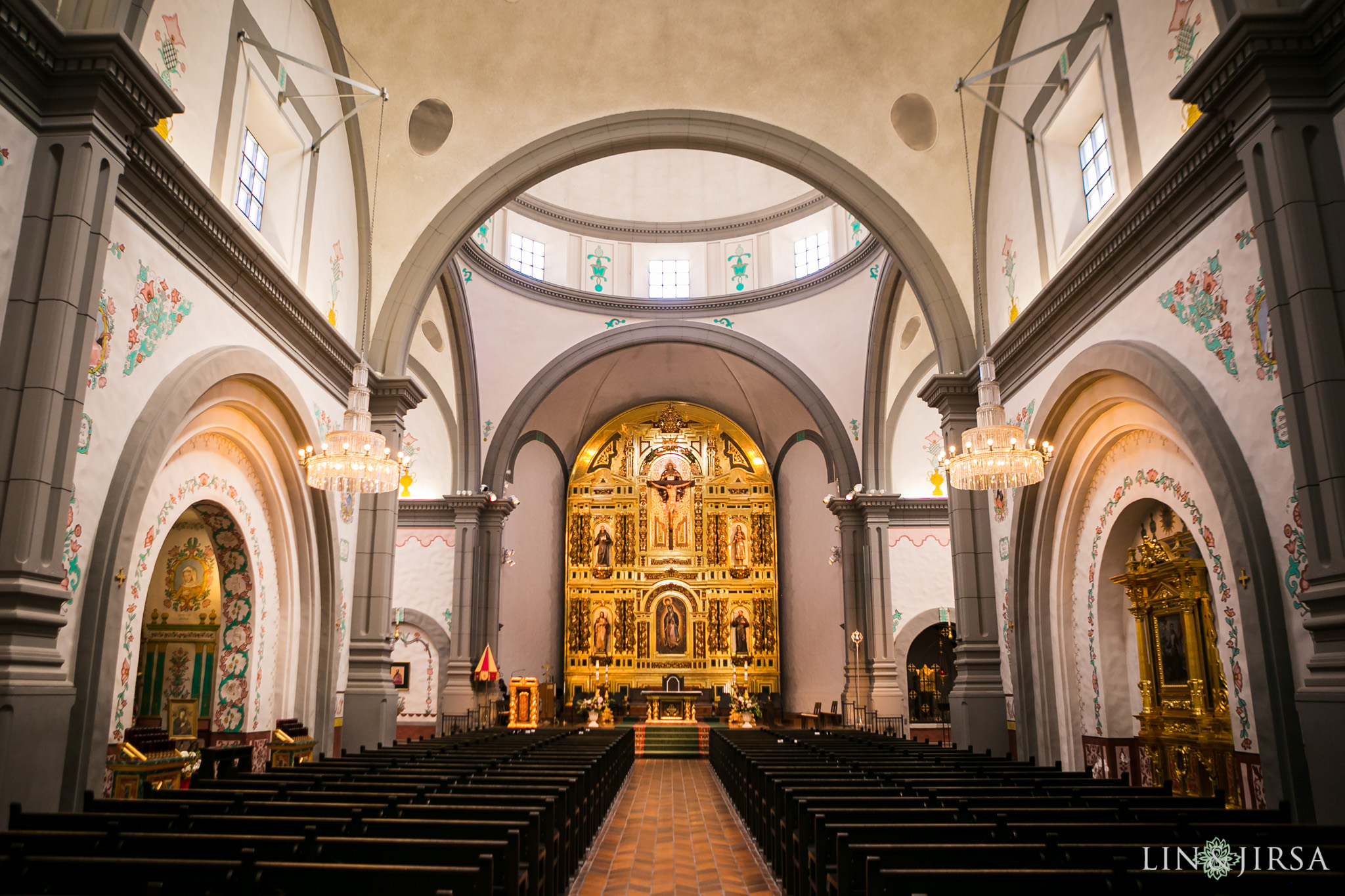 mission basilica san juan capistrano wedding