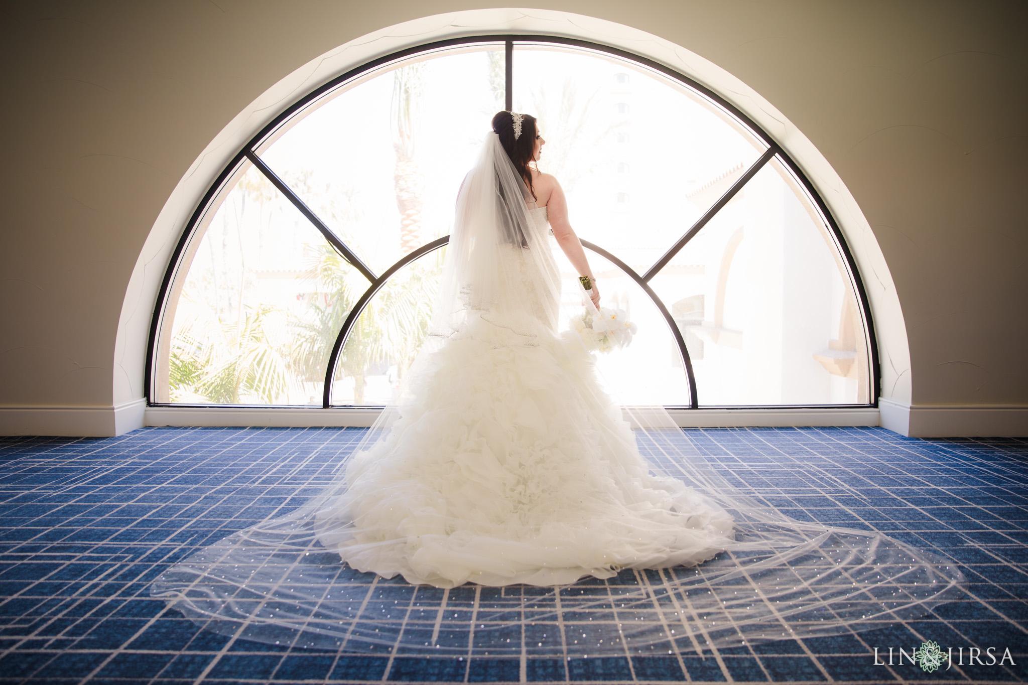 06 hilton waterfront beach resort bride wedding photography