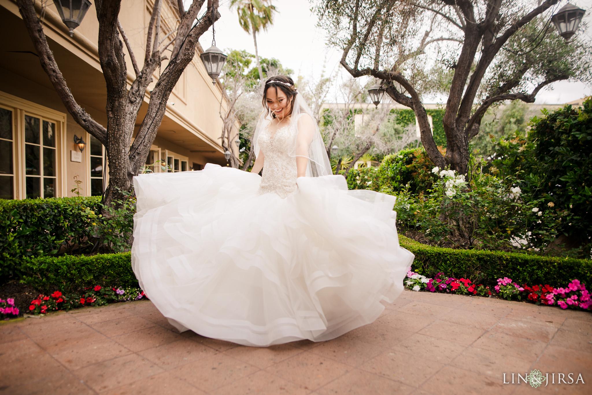 07 surf and sand resort laguna beach bride wedding photography