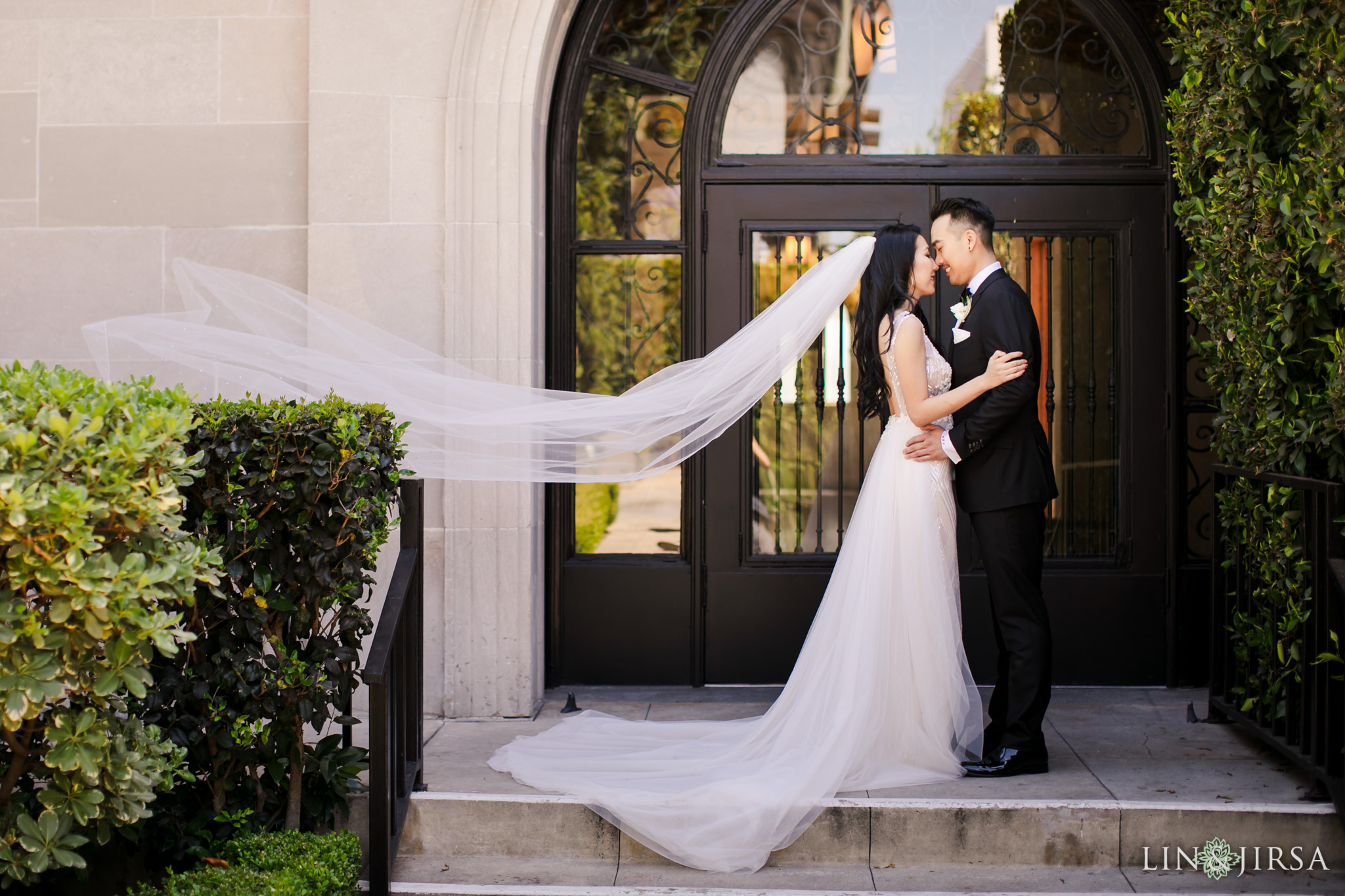 13 st vibiana cathedral los angeles wedding photography