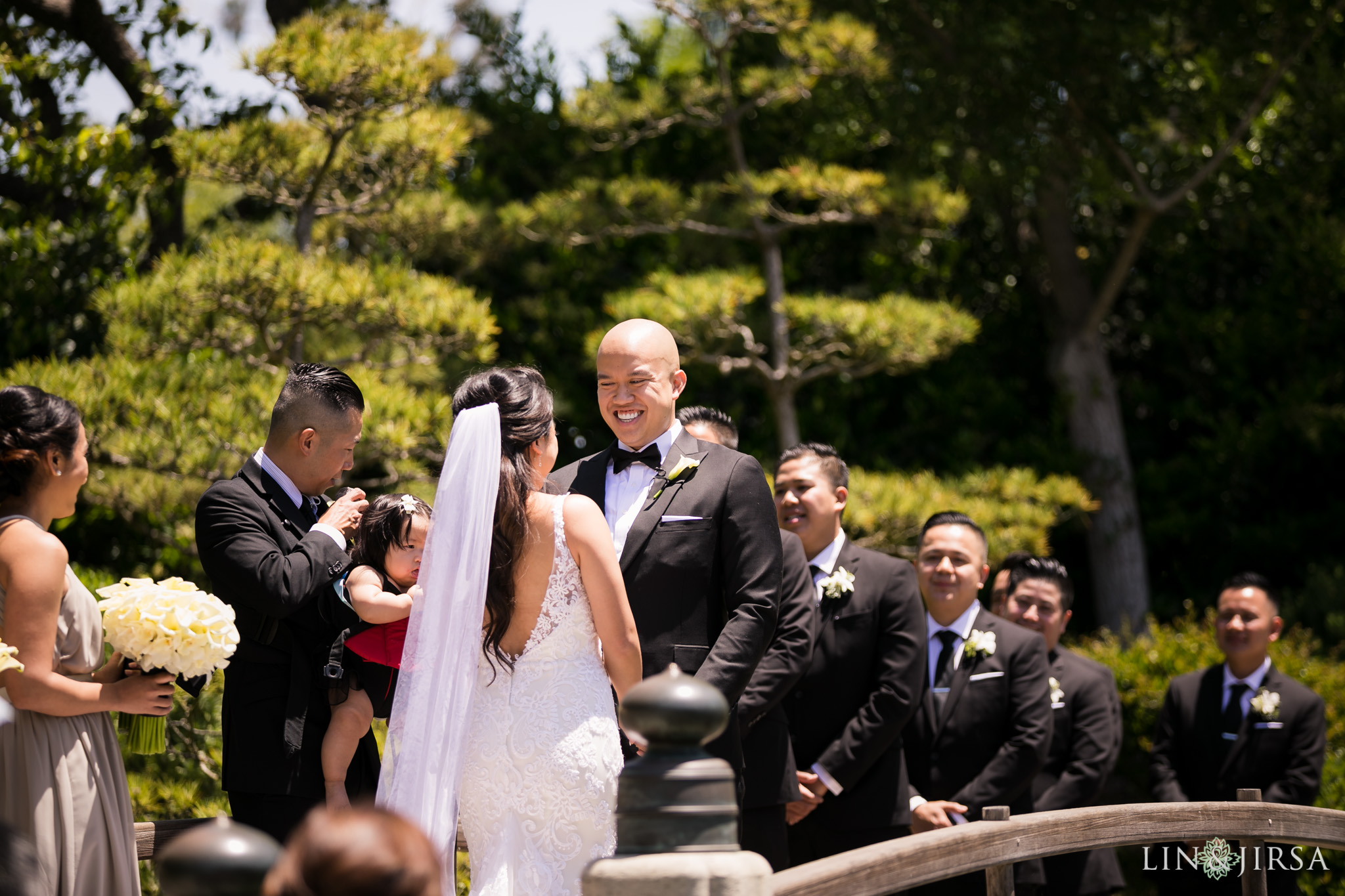 17 earl burns miller japanese gardens long beach wedding ceremony photography