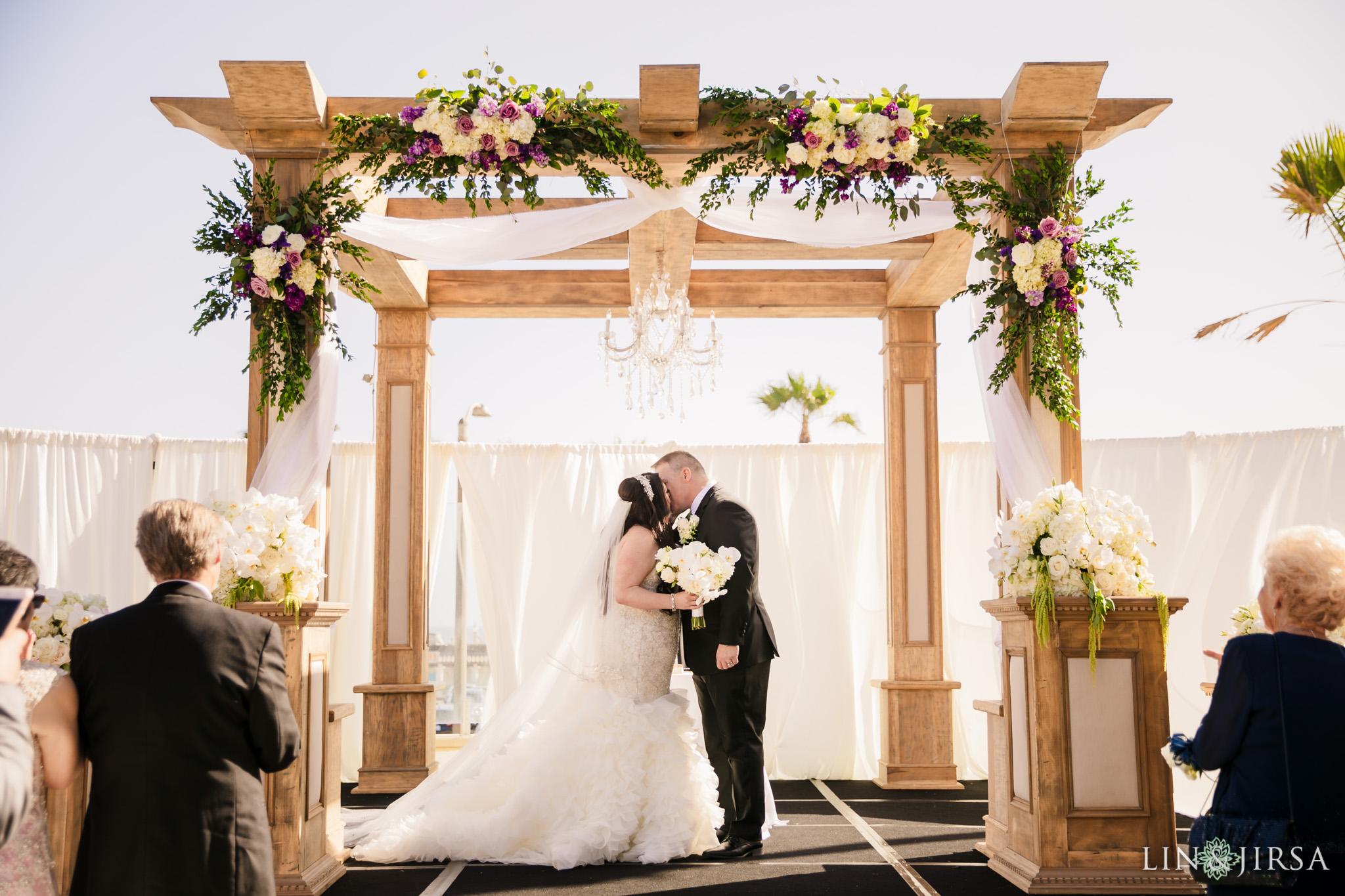20 hilton waterfront beach resort wedding ceremony photography
