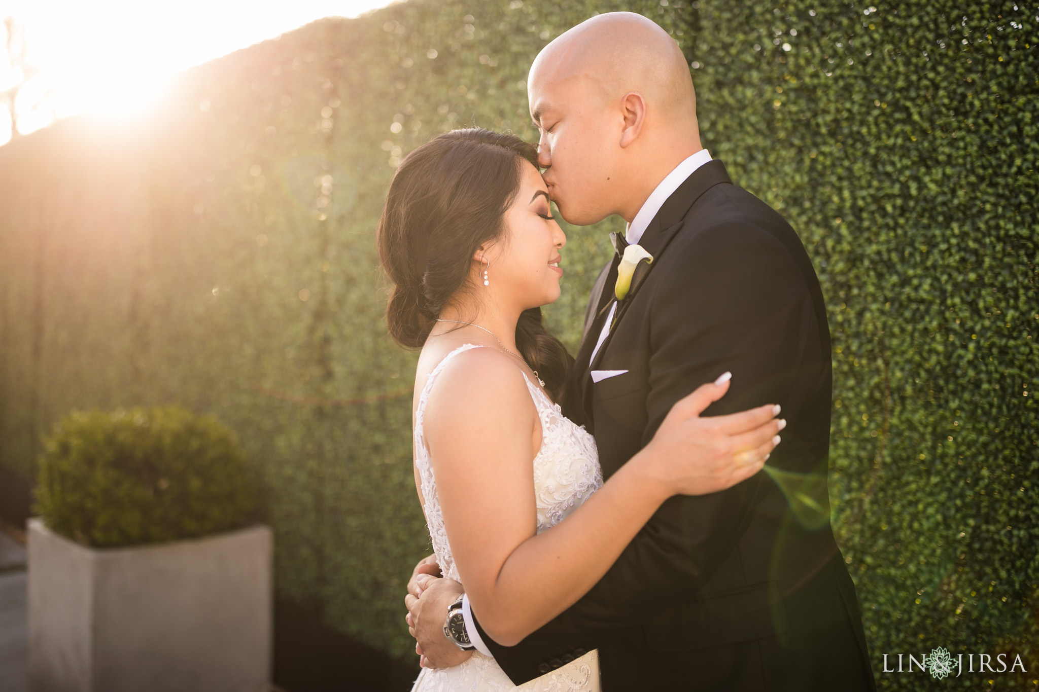 23 venue by three petals huntington beach wedding photography