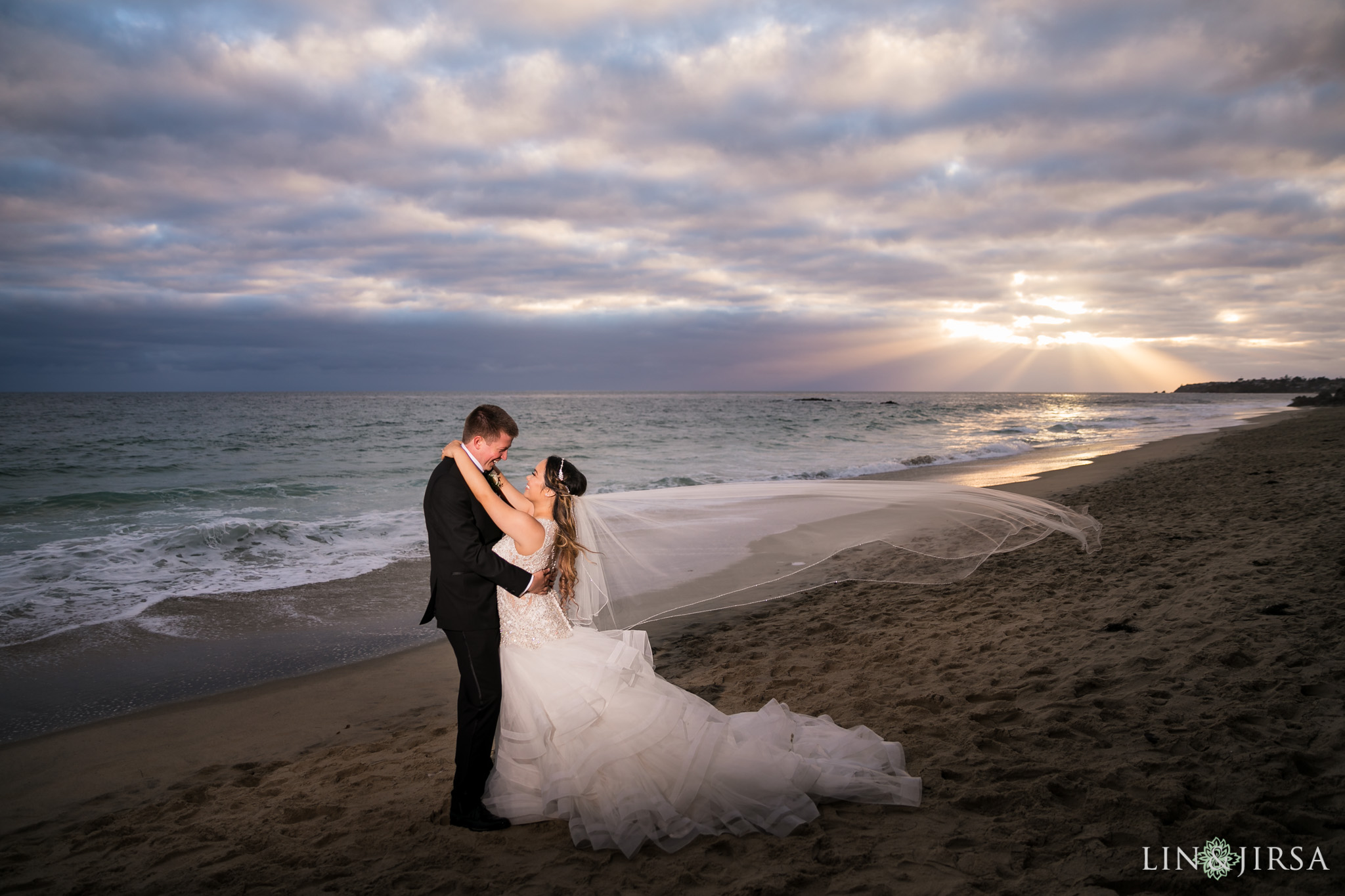 24 surf and sand resort laguna beach wedding photography