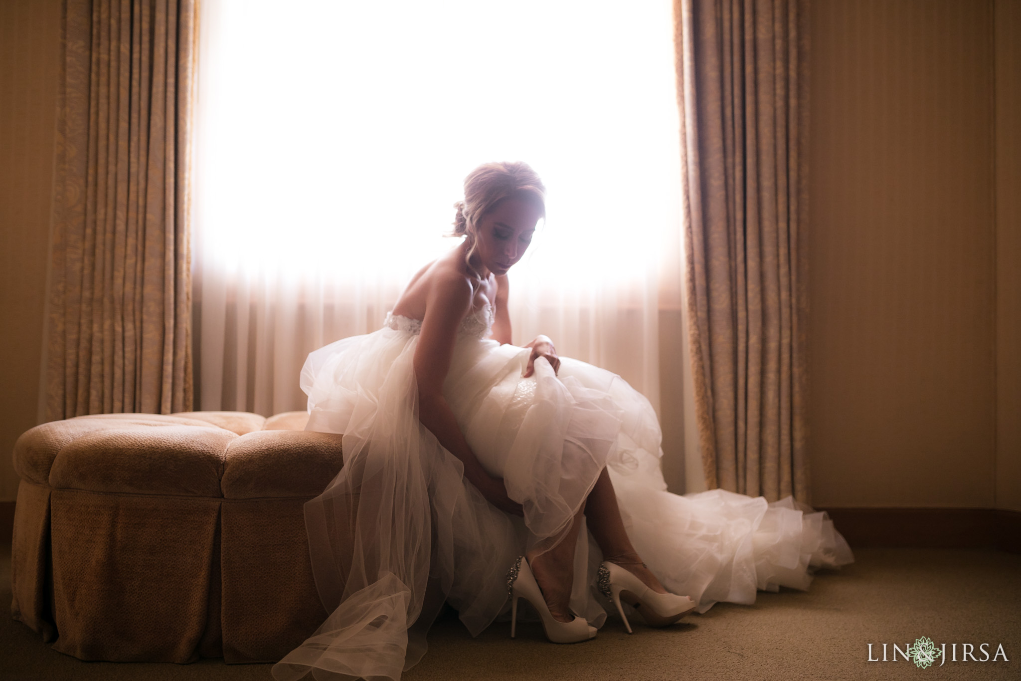 02 pelican hill resort newport coast bride wedding photography