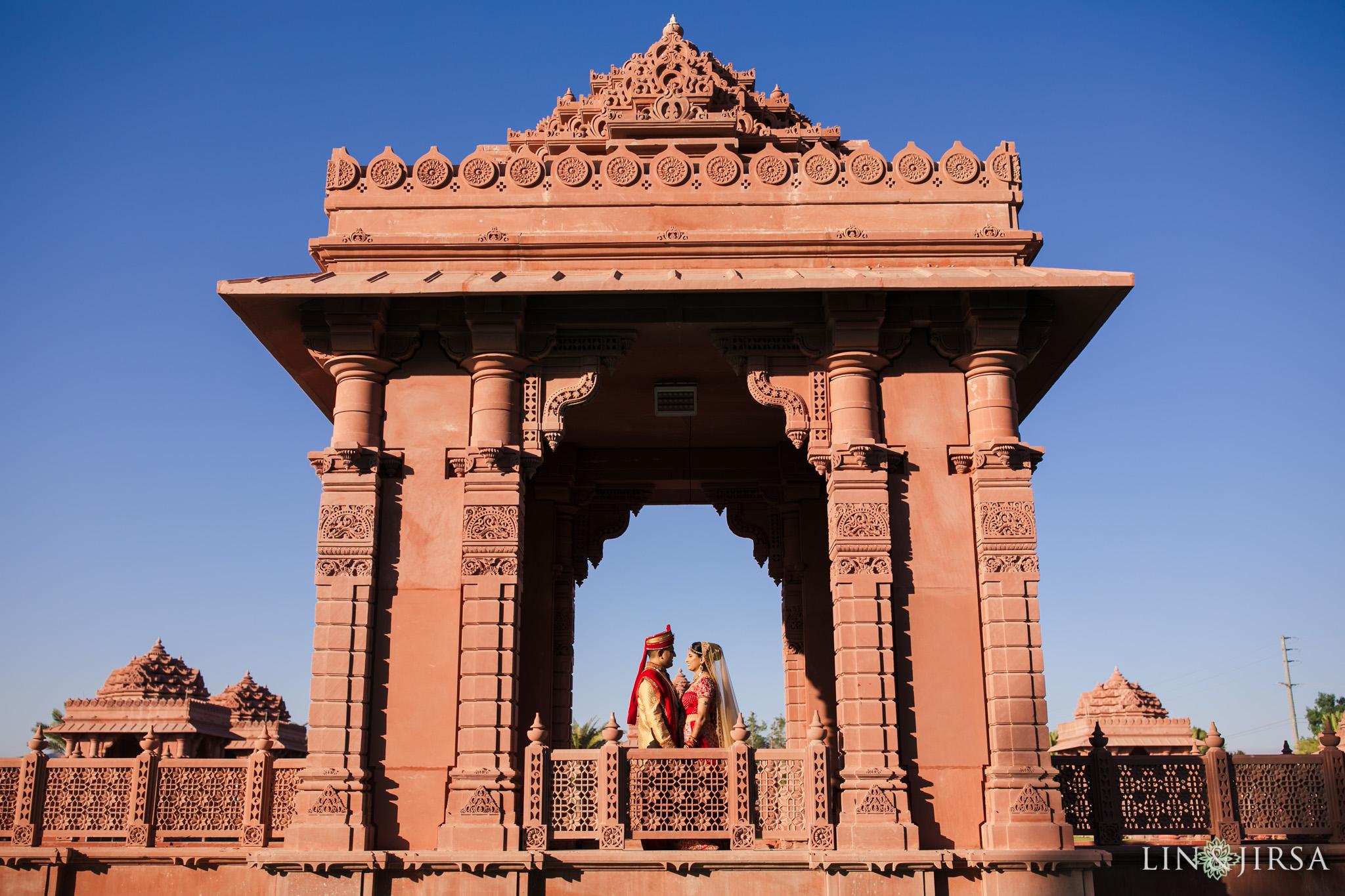 BAPS Shri Swaminarayan Mandir Chino Hills Indian Wedding Shrina & Jaydip
