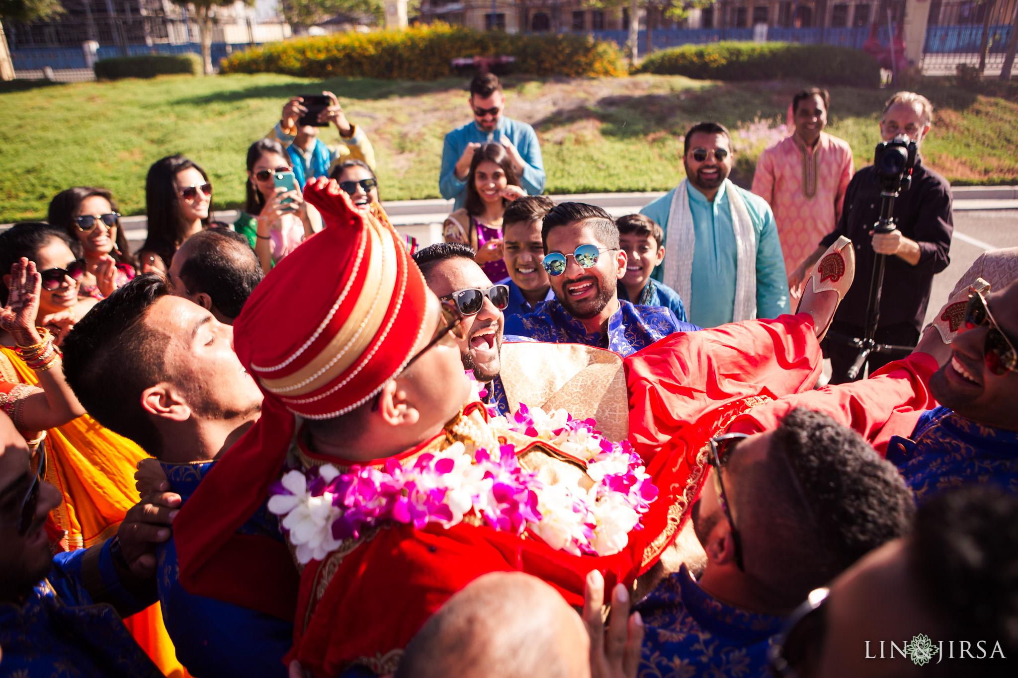080 BAPS Swaminarayan Sanstha Chino Hills Indian Wedding Photography