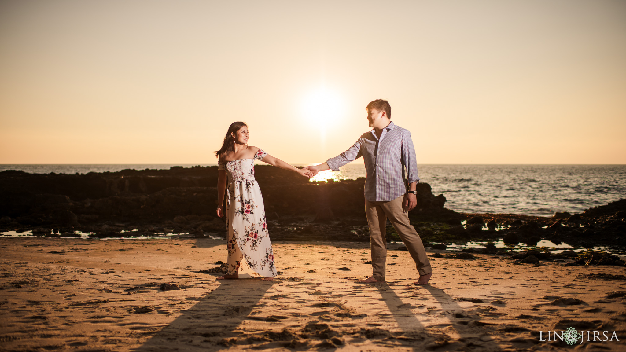 09 laguna beach sunset engagement photography