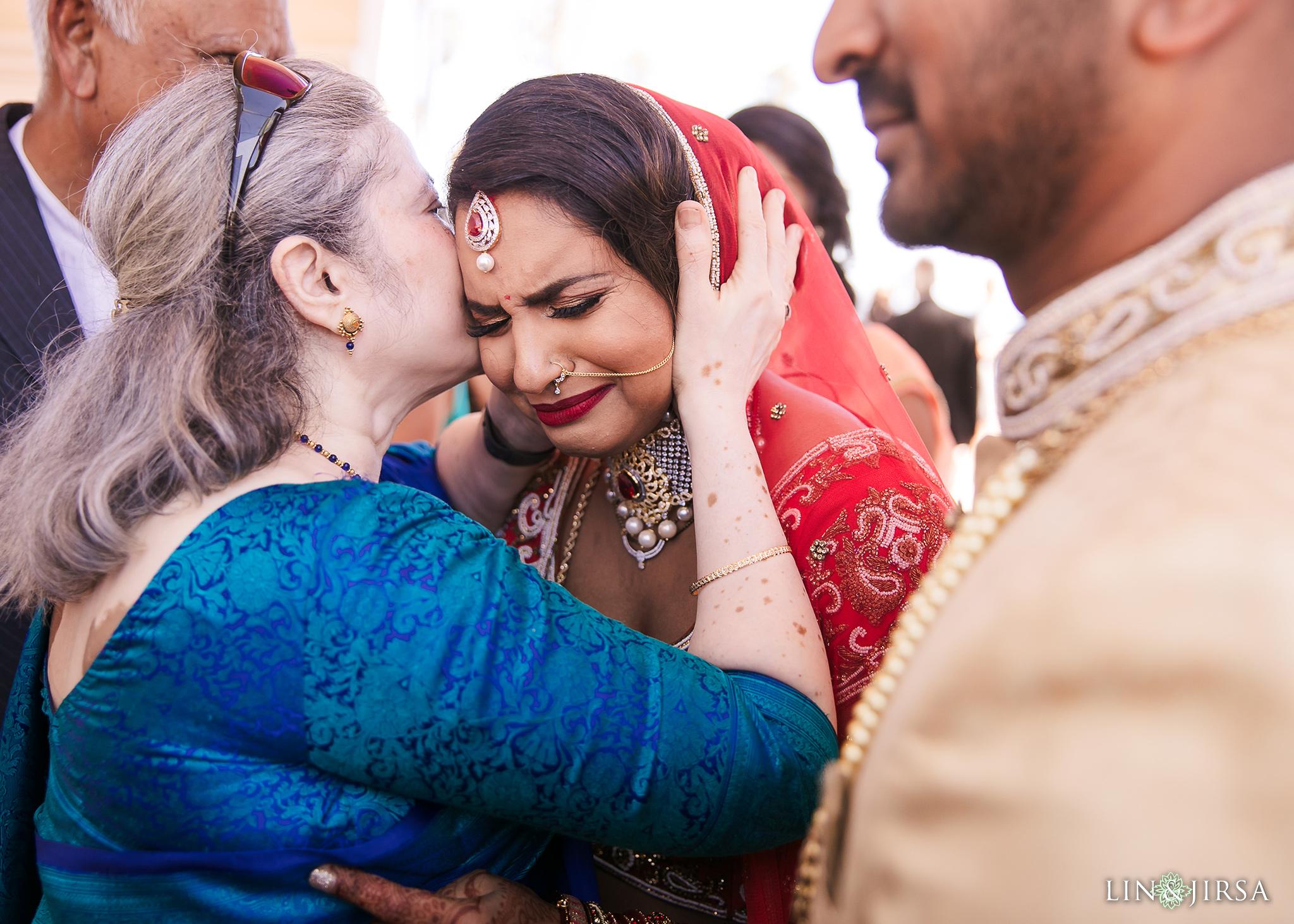 25 Hilton Santa Barbara Indian Wedding Photography