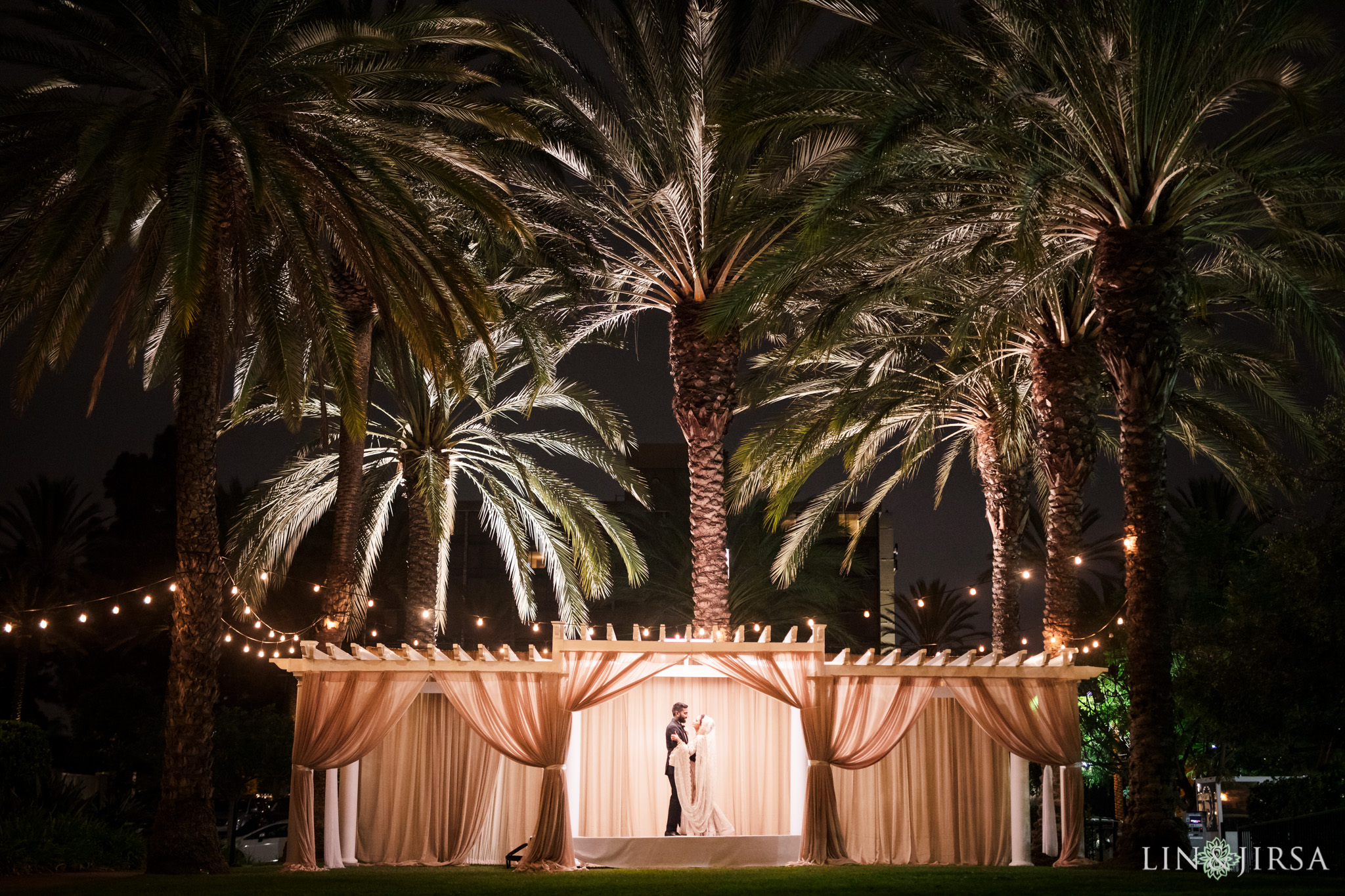 35 Sheraton Park Hotel Anaheim Wedding Photography