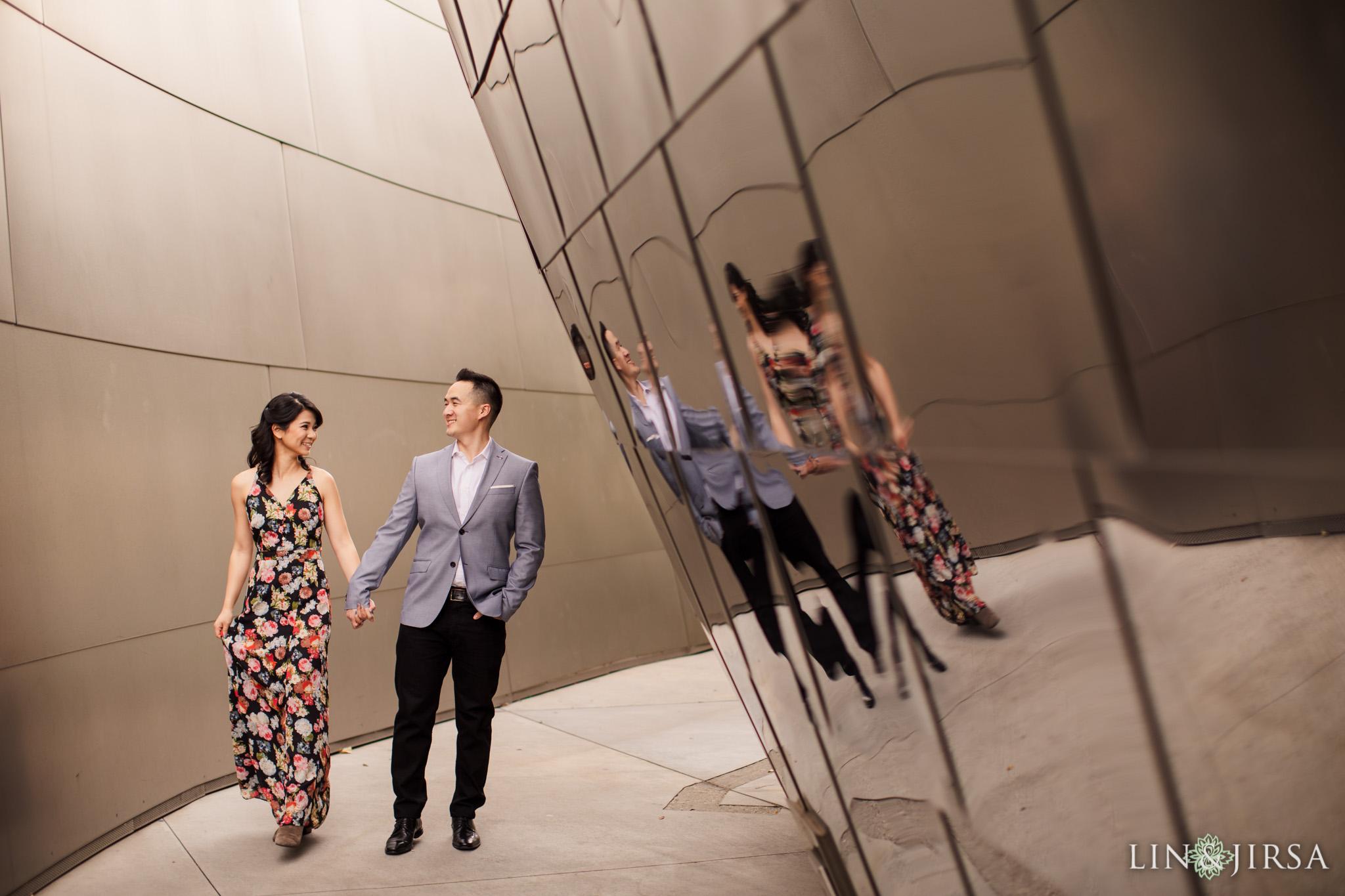03 walt disney concert hall los angeles engagement photography