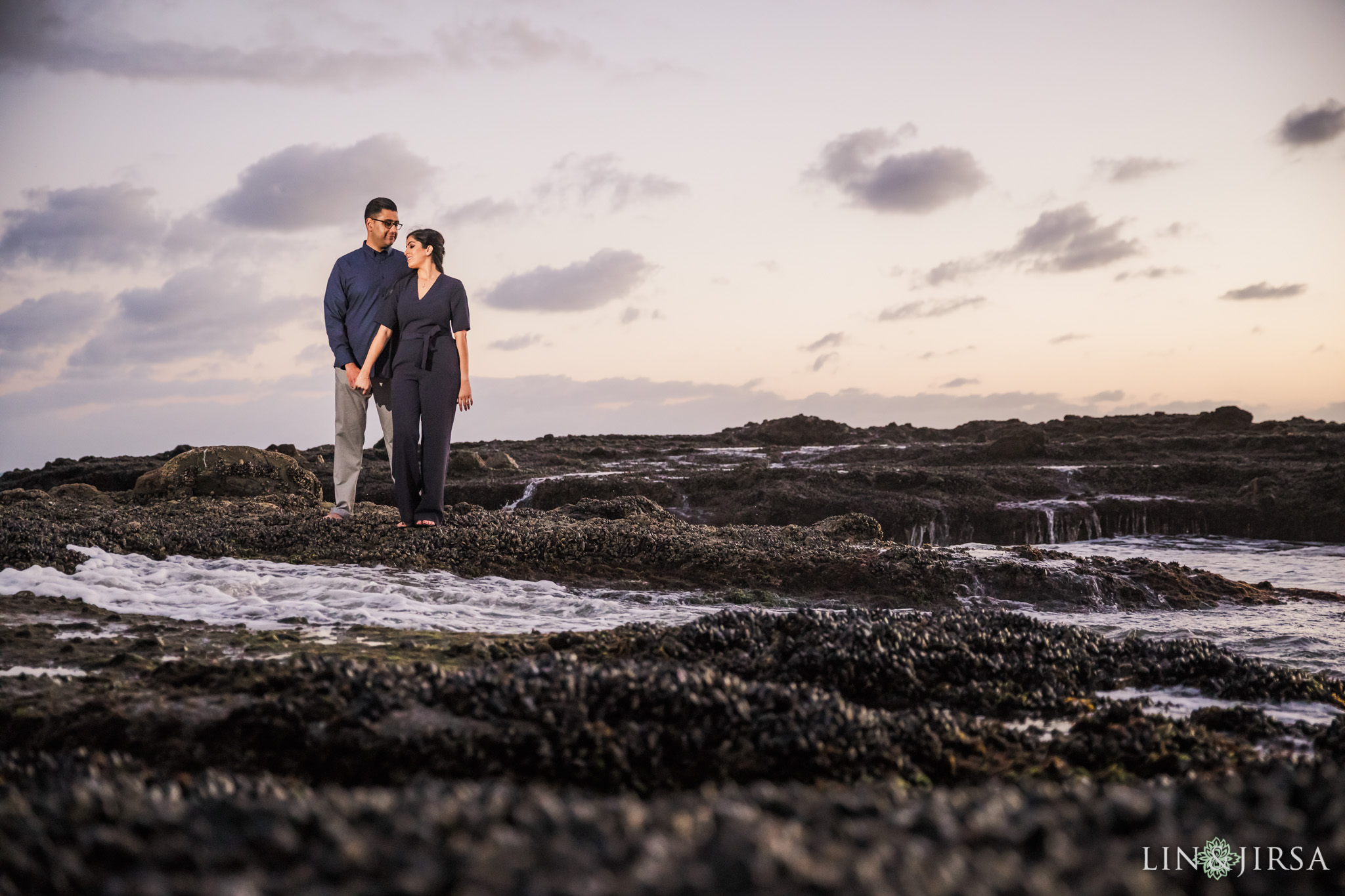 07 Victoria Beach Engagement Photography