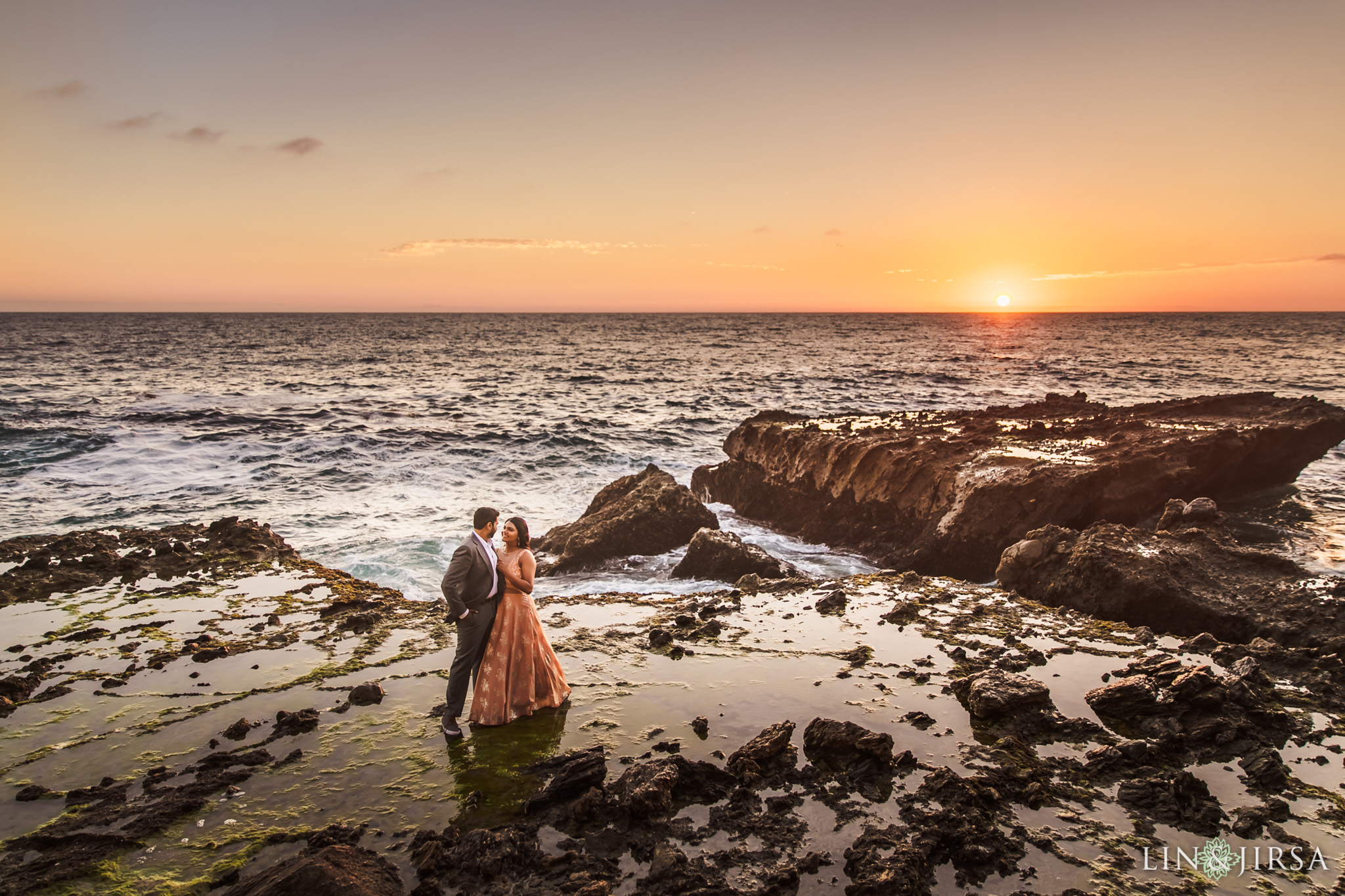 08 victoria beach indian couple engagement photography