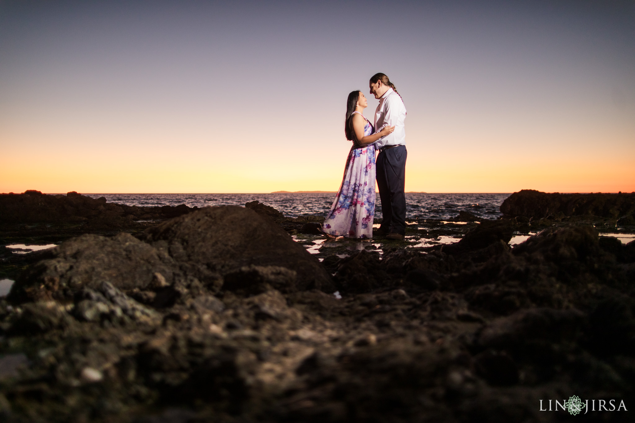 11 laguna beach sunset engagement photographer