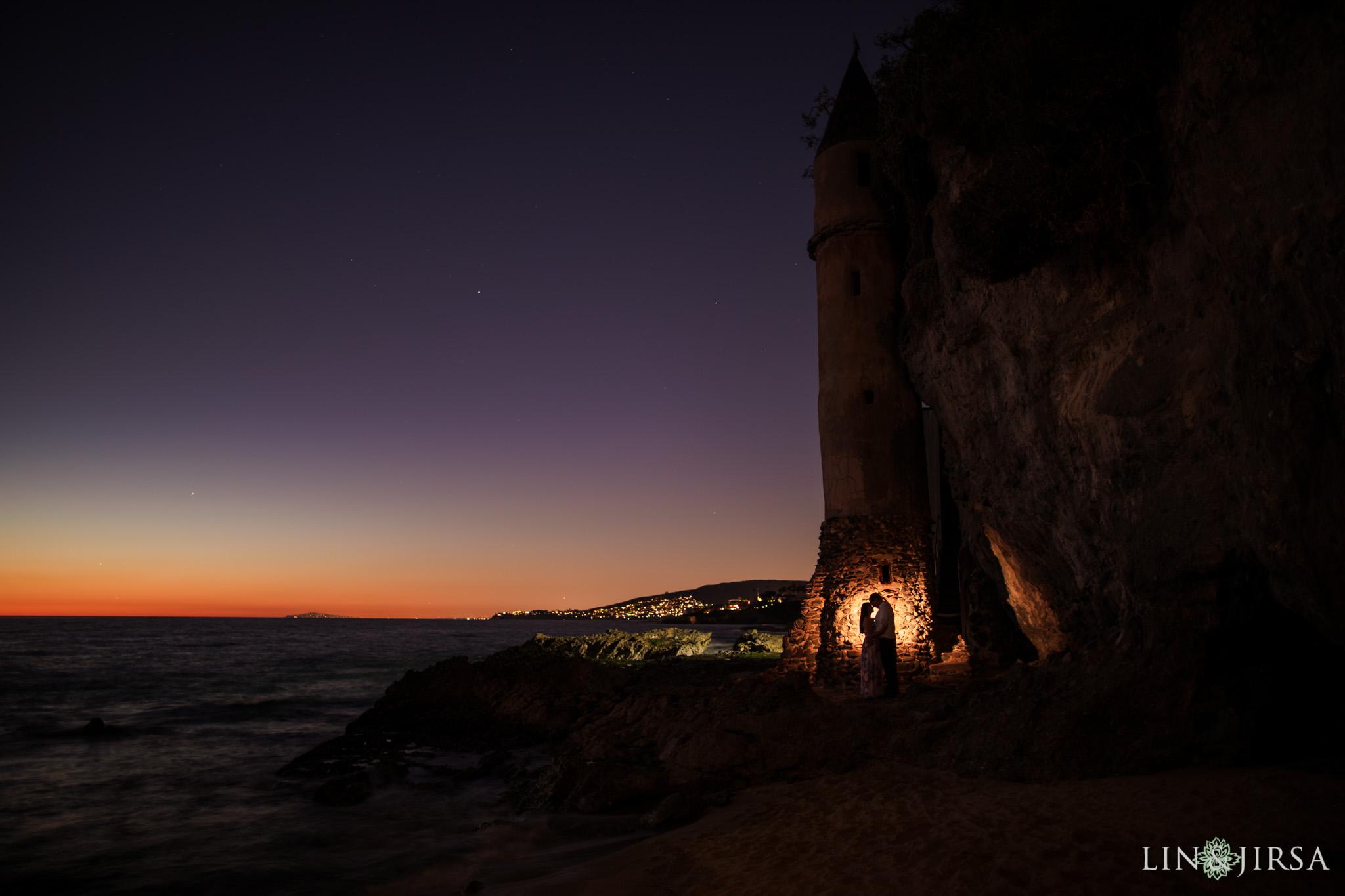 13 laguna beach sunset engagement photographer