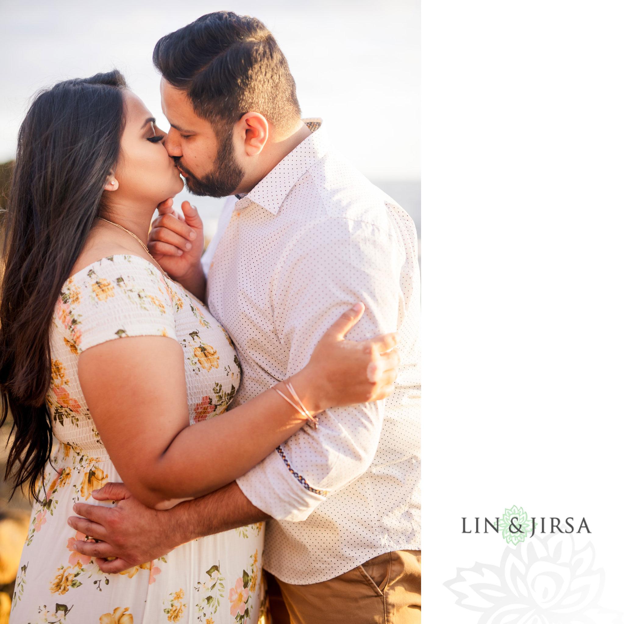 06 Heisler Park Laguna Beach Engagement Photography