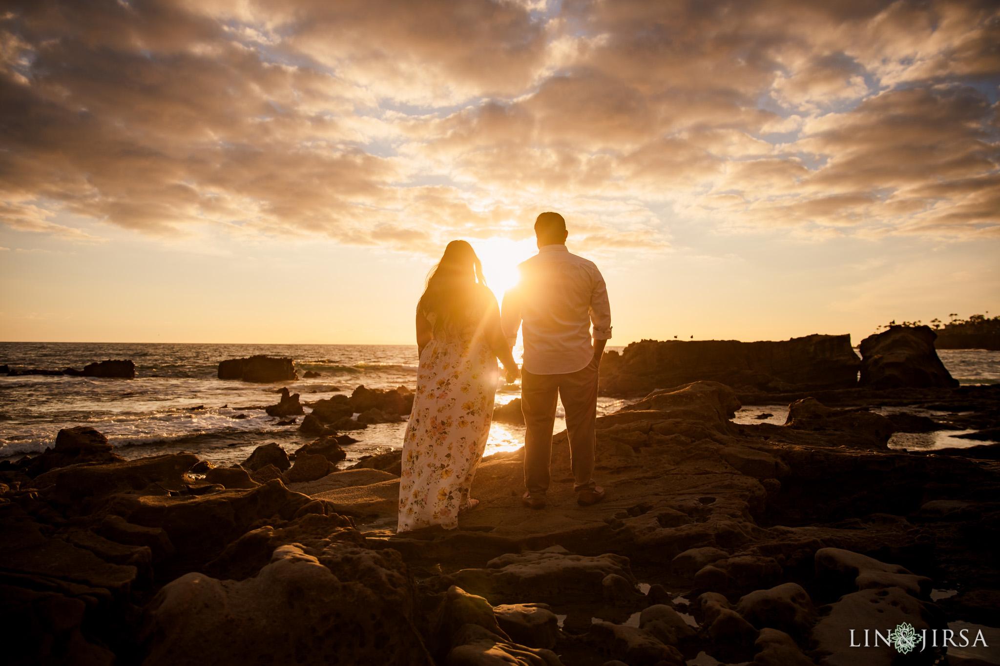 11 Heisler Park Laguna Beach Sunset Engagement Photography