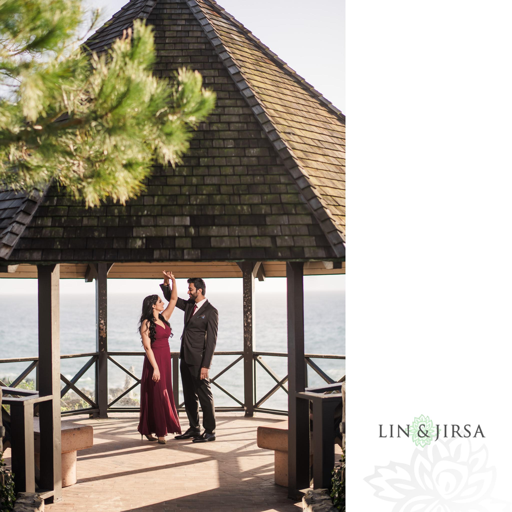 03 Heisler Park Laguna Beach Engagement Photography