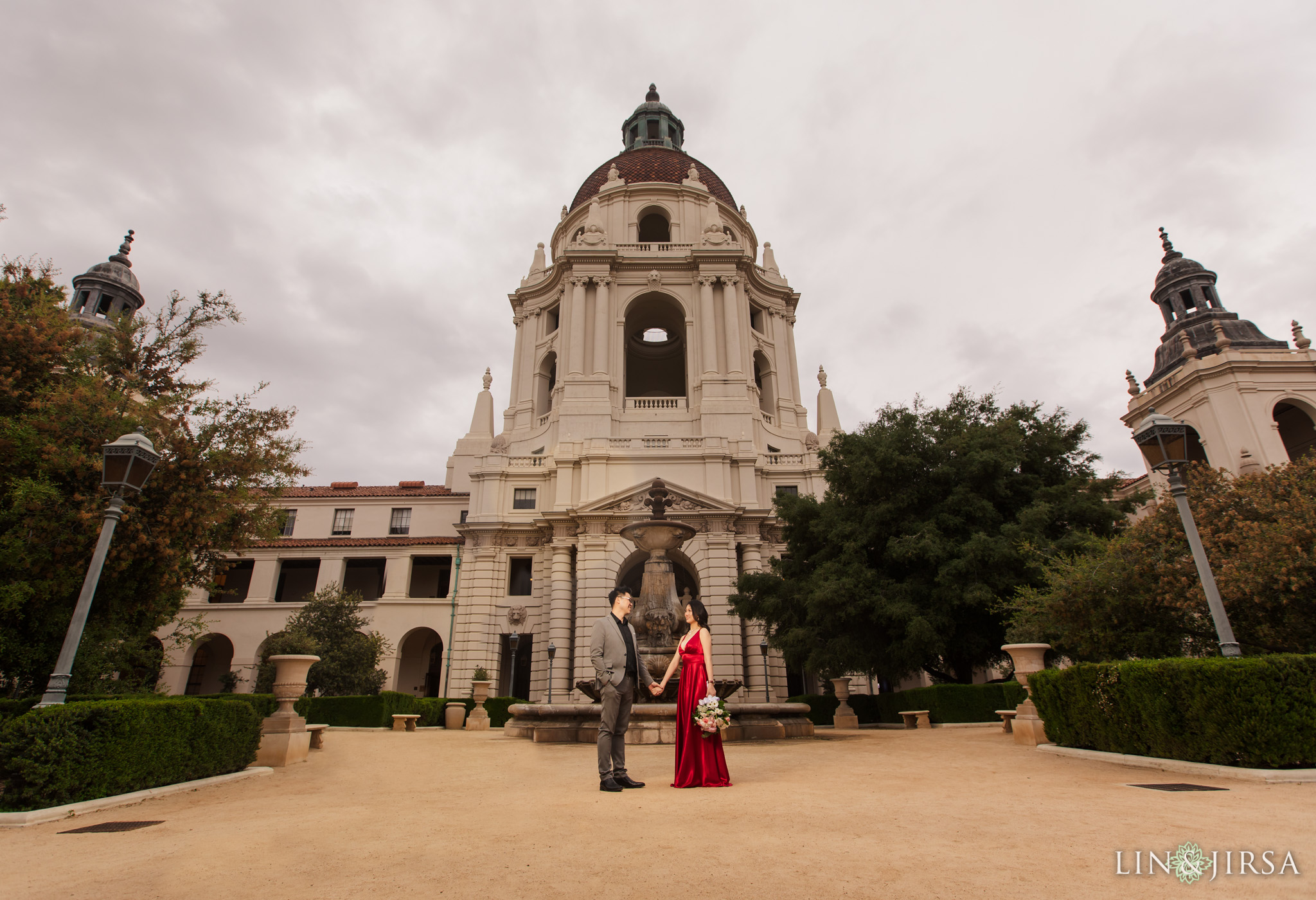 11 Pasadena City Hall Engagement Photography 1