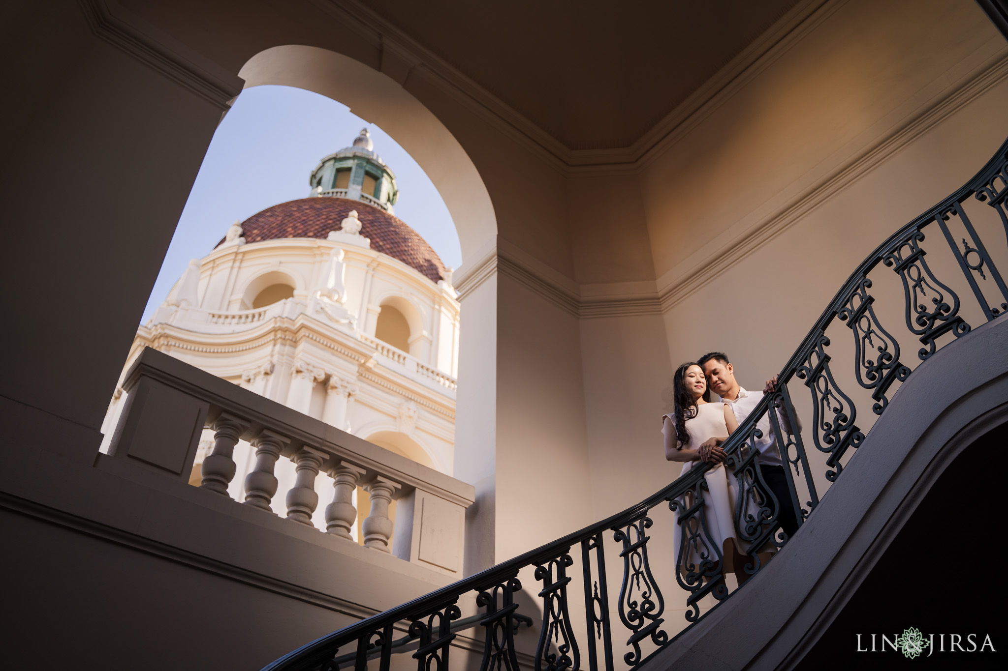 15 Pasadena City Hall Engagement Photography